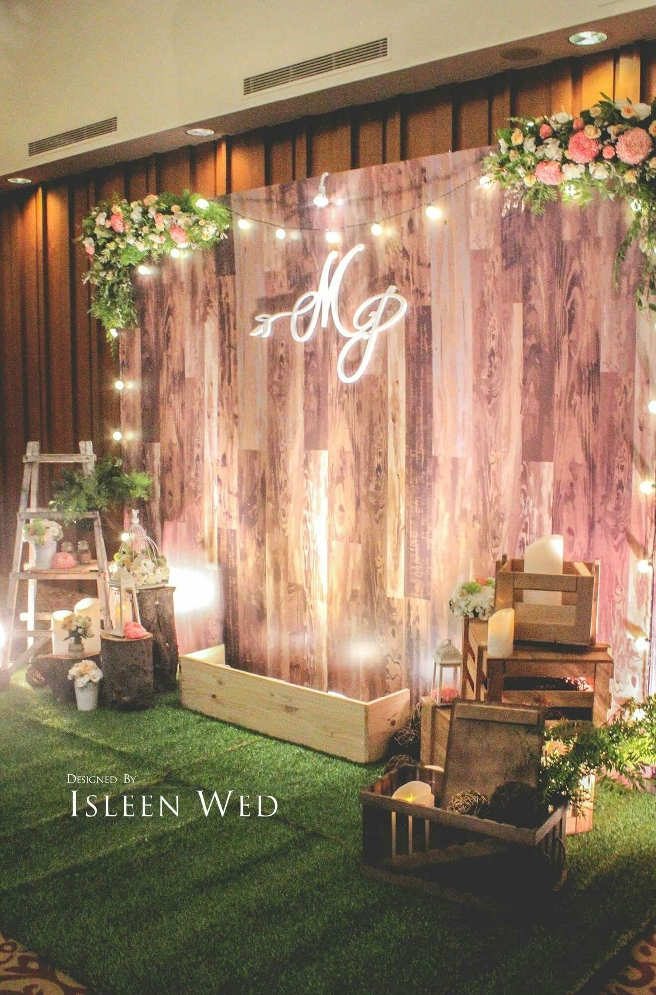 10 Perfect Photo Booth Ideas For Wedding stunning wooden backdrop perfect for many different events event 2021