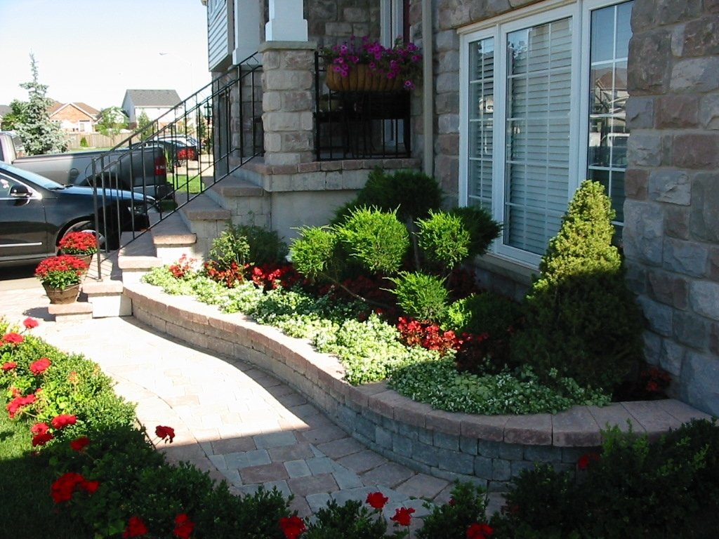 10 Stylish Small Front Yard Flower Bed Ideas stylish front yard landscaping ideas manitoba design small front 3 2020