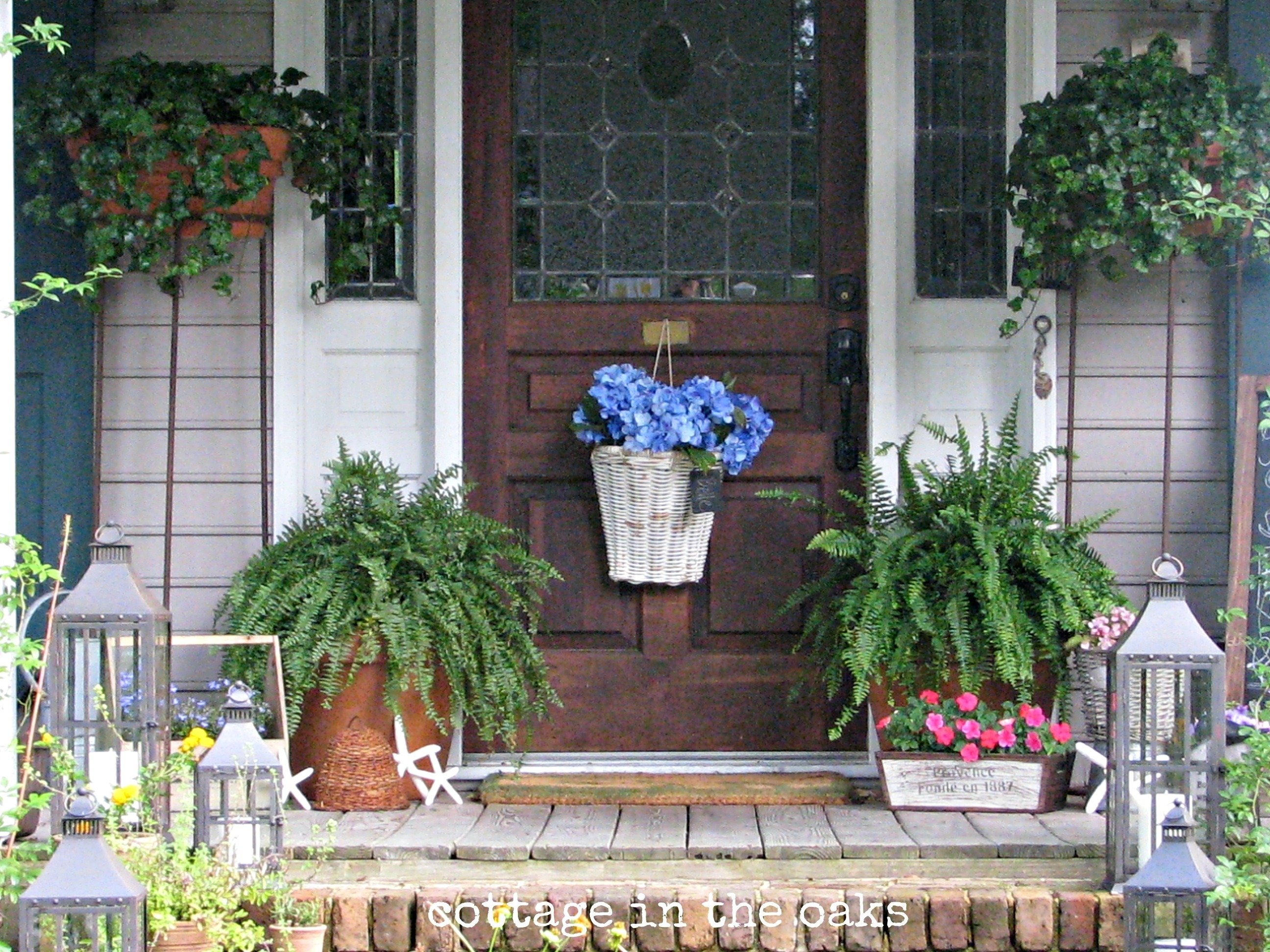 summer front porch - cottage in the oaks