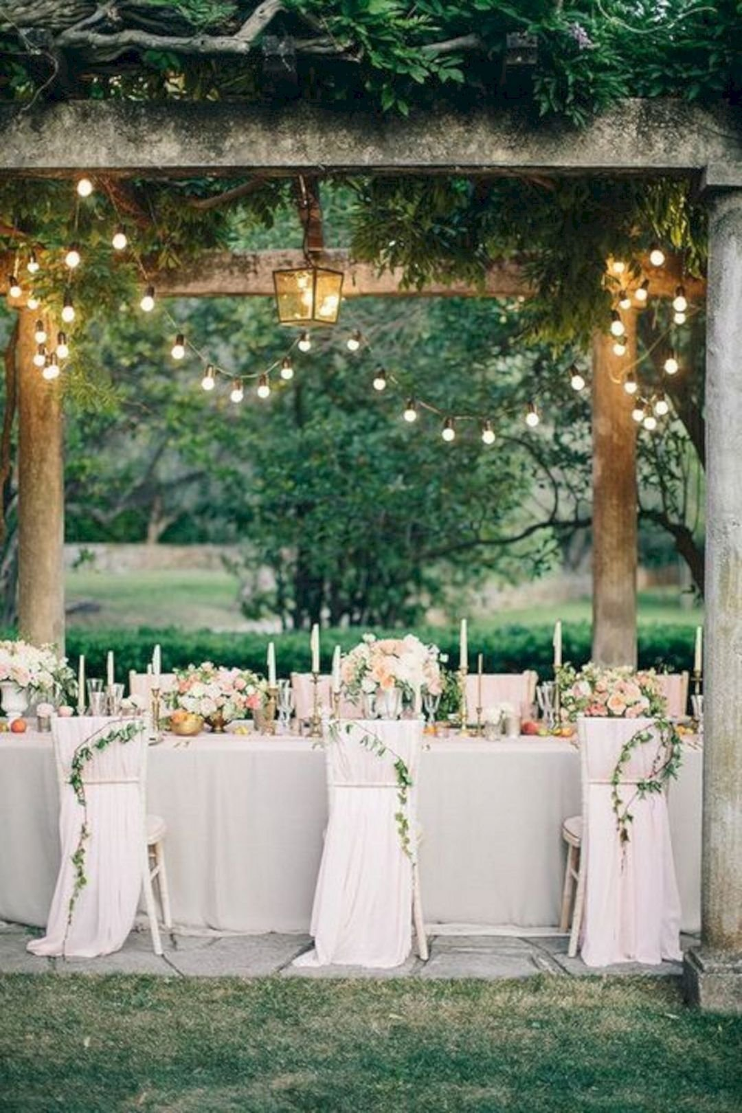 10 Stylish Outside Wedding Ideas For Summer summer outdoor wedding decorations ideas 120 oosile 50th anniversary