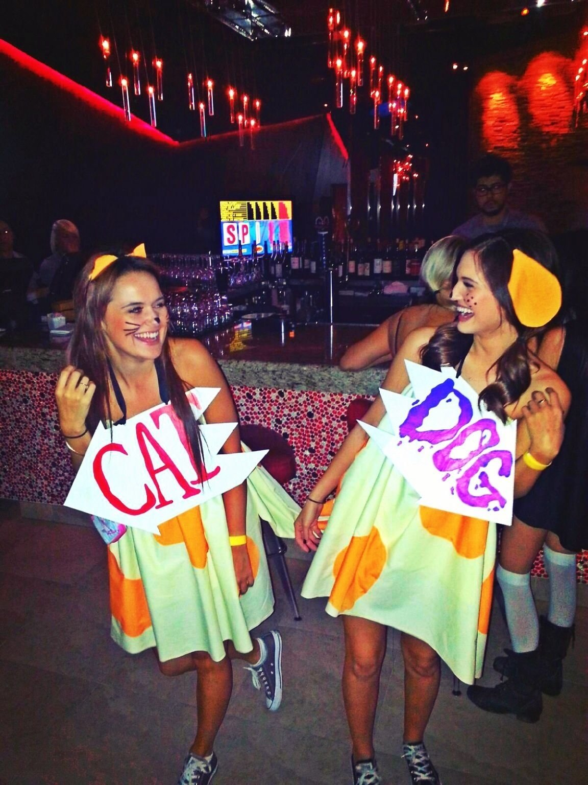10 Lovely Costume Ideas For Two Women super cute idea for two best friends who want to be comfy and cute 2020