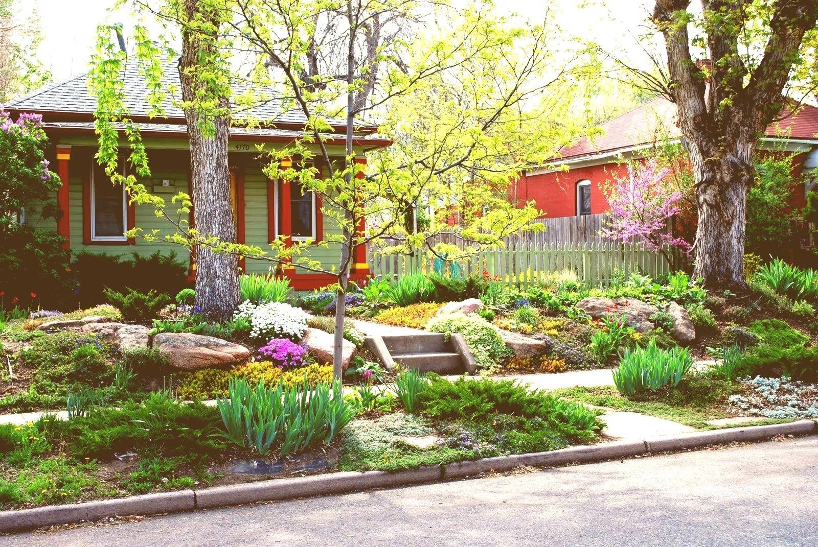 10 Stylish Ideas For Front Yard Landscaping Without Grass surprising ideas for front yard landscaping without grass pics 2021