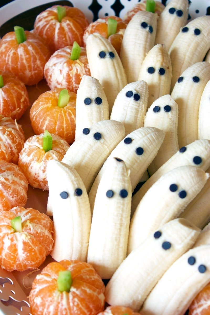 10 Cute Halloween Treat Ideas For Kids tangerine pumpkins banana ghosts flo and grace 2020