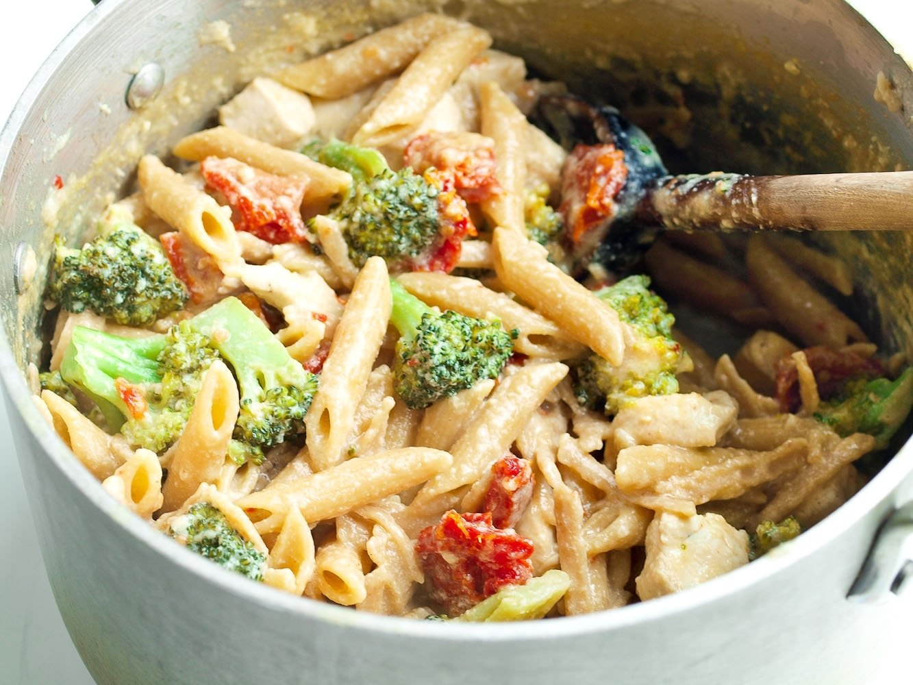 10 Fabulous Easy Meal Ideas For Dinner tangy one pot chicken and veggie pasta dinner healthy ideas for kids 4 2020