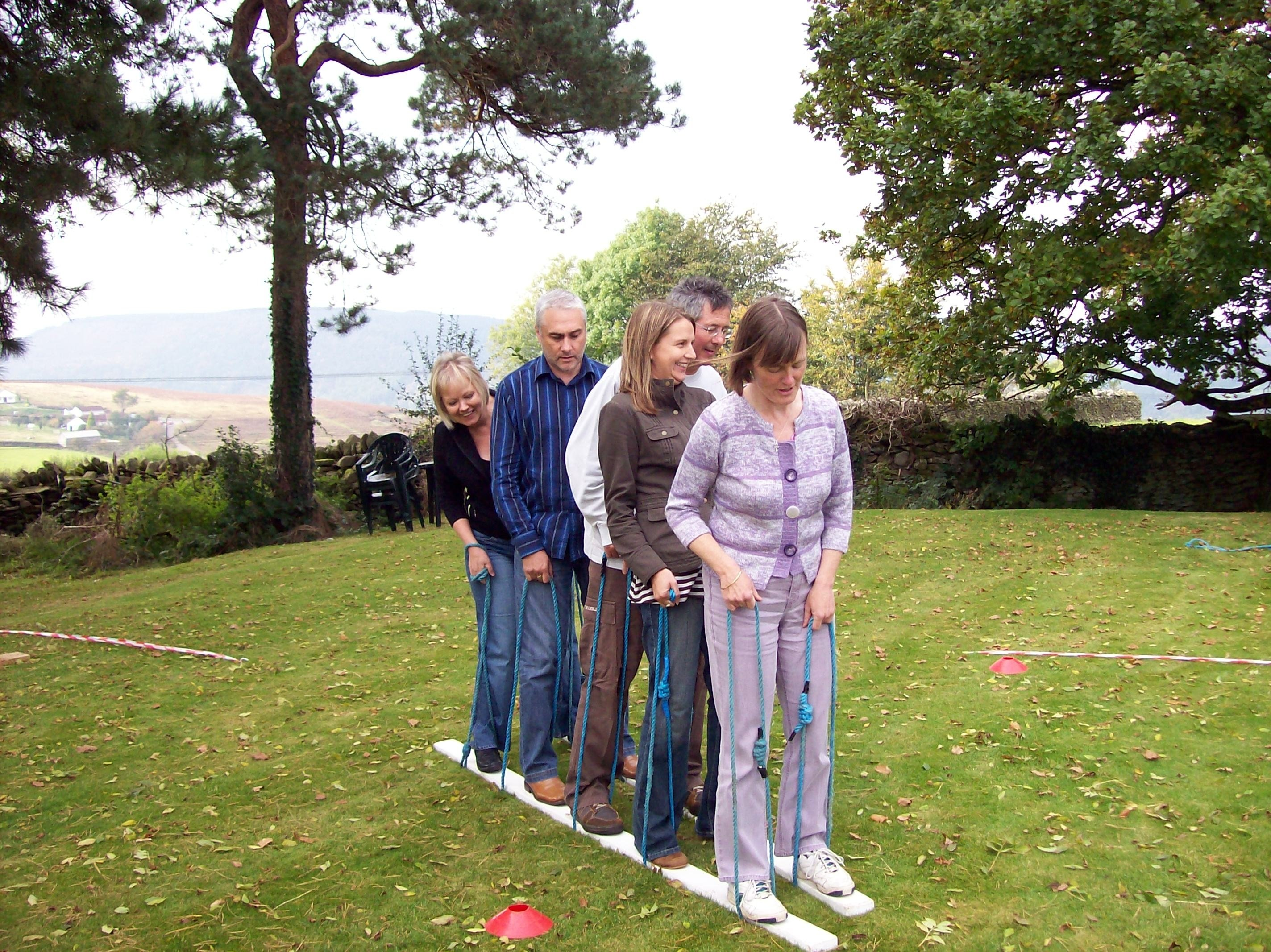 10 Most Recommended Ideas For Team Building Activities team building activities ice breaker games and ideas 4 2021