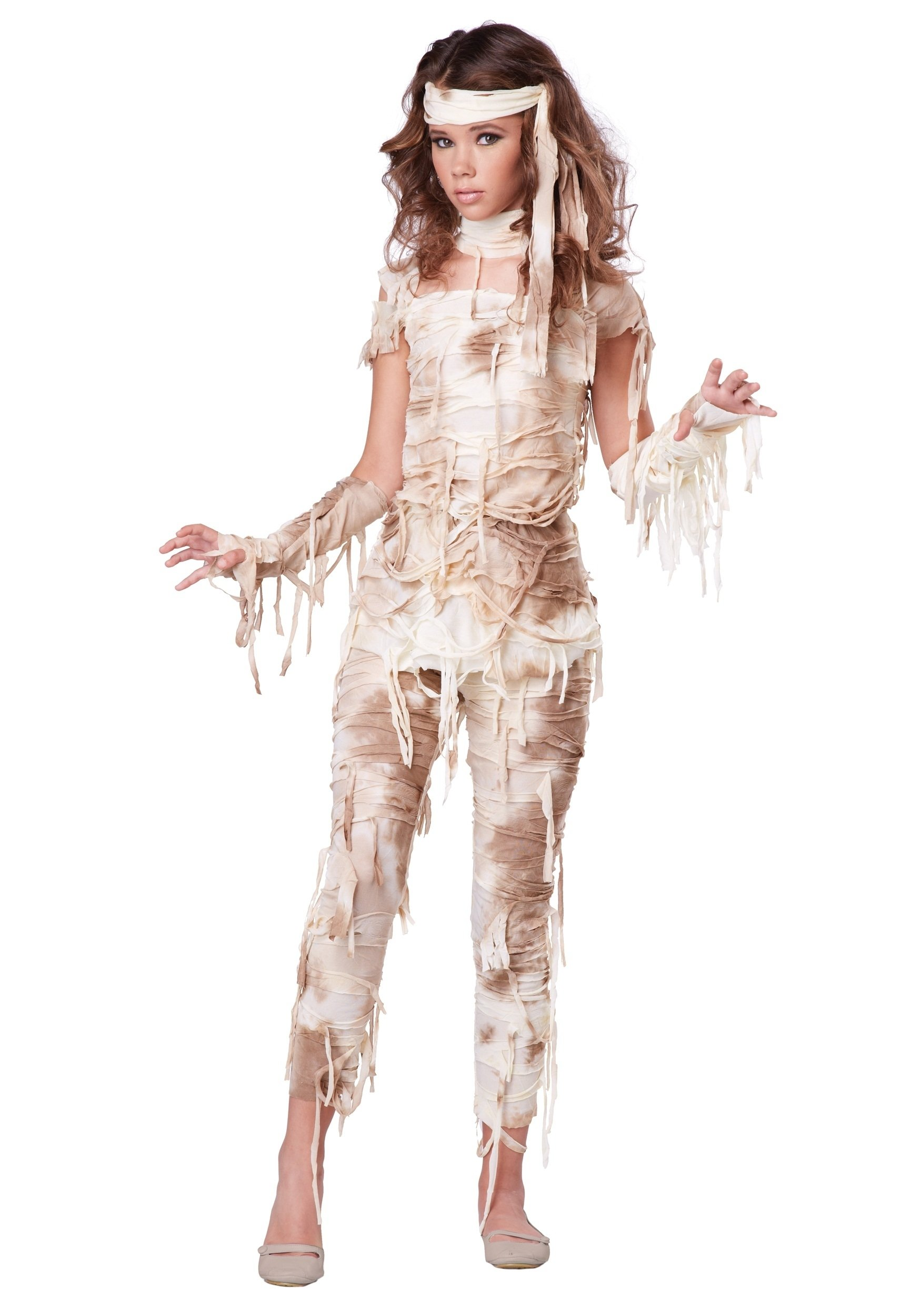 10 Fashionable Scary Costume Ideas For Girls teen mysterious mummy costume