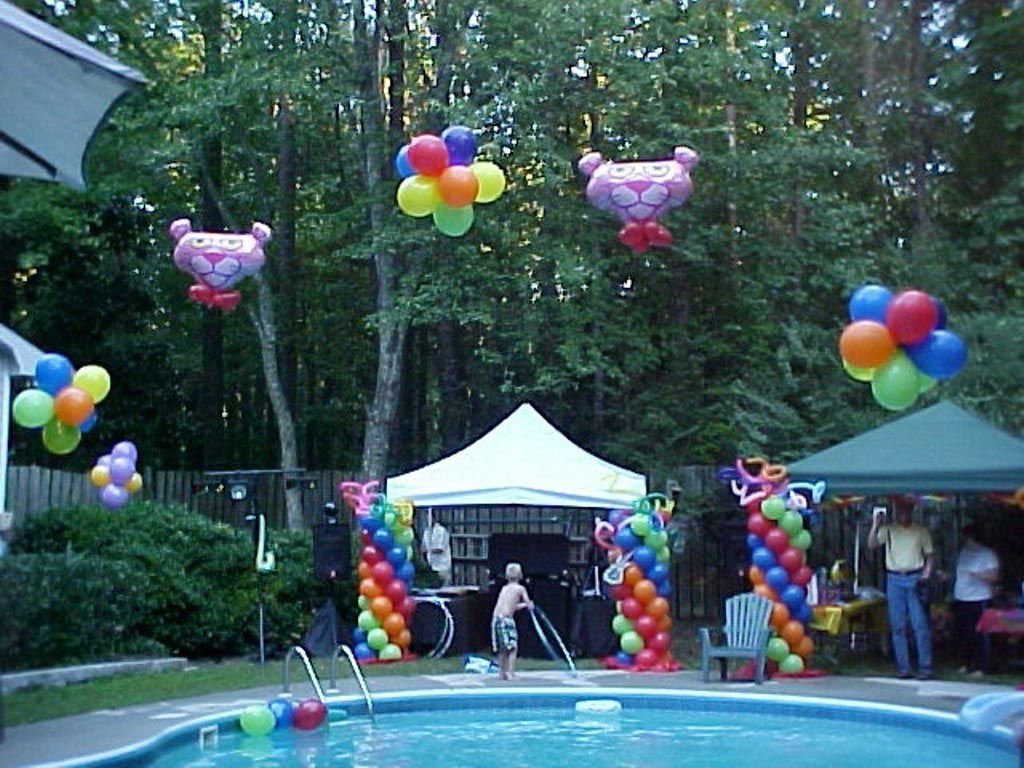 10 Fabulous Pool Party Ideas For Teenagers