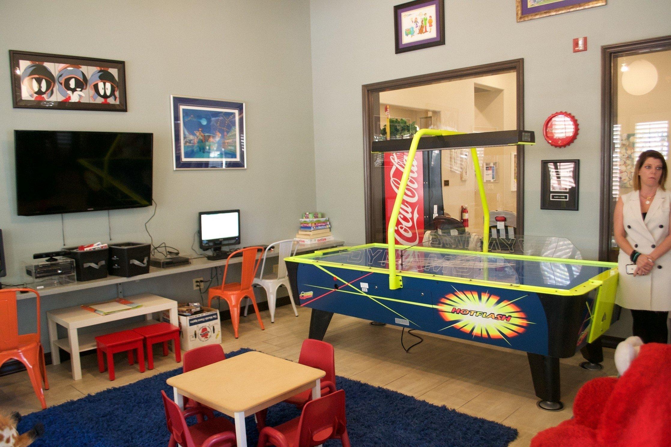 10 Nice Game Room Ideas For Teenagers teenage game room ideas for designs cool kids mesirci