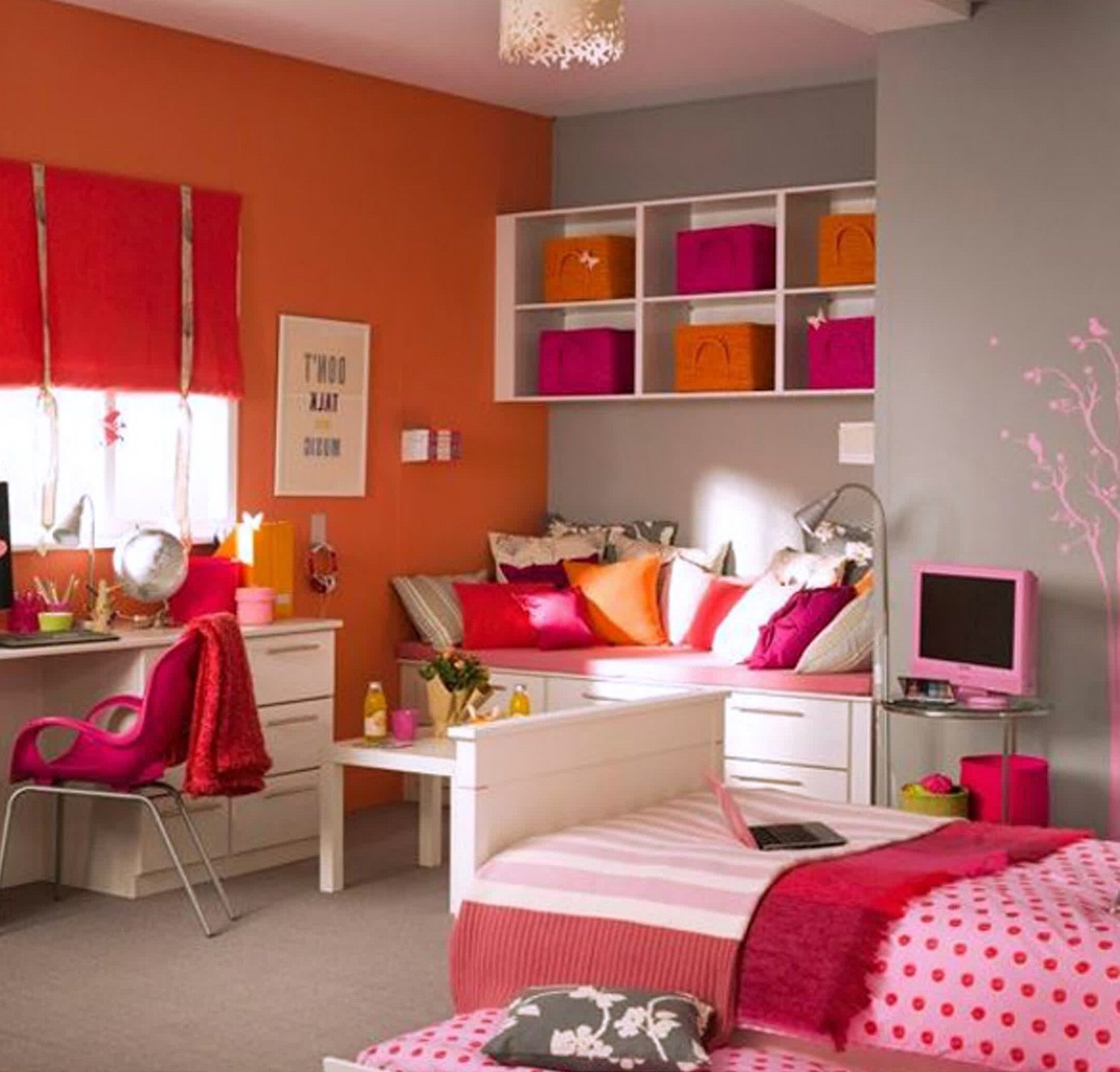 10 Pretty Teenage Bedroom Ideas For Small Rooms teenage girl bedroom ideas for small rooms idolza 2020