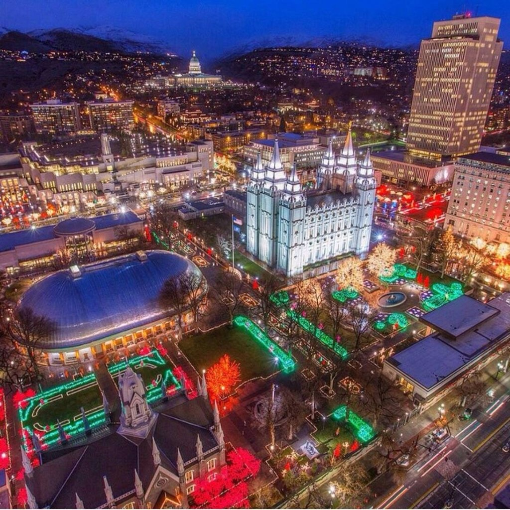10 Stylish Salt Lake City Date Ideas temple square salt lake city utah illuminatedchristmas lights 2021