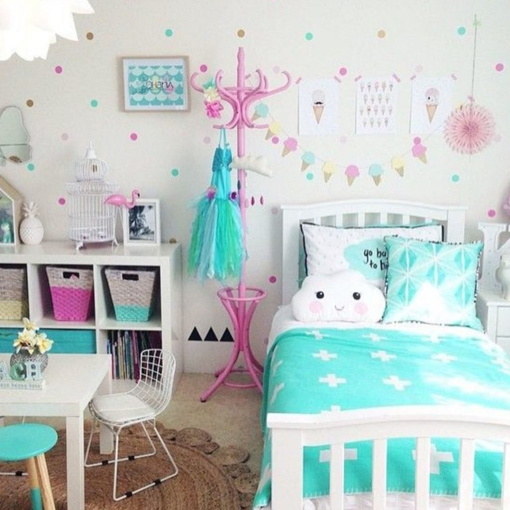 10 Fashionable Ideas For Little Girls Bedroom terrific toddler girl bedroom ideas little and adorable canopy beds 2021
