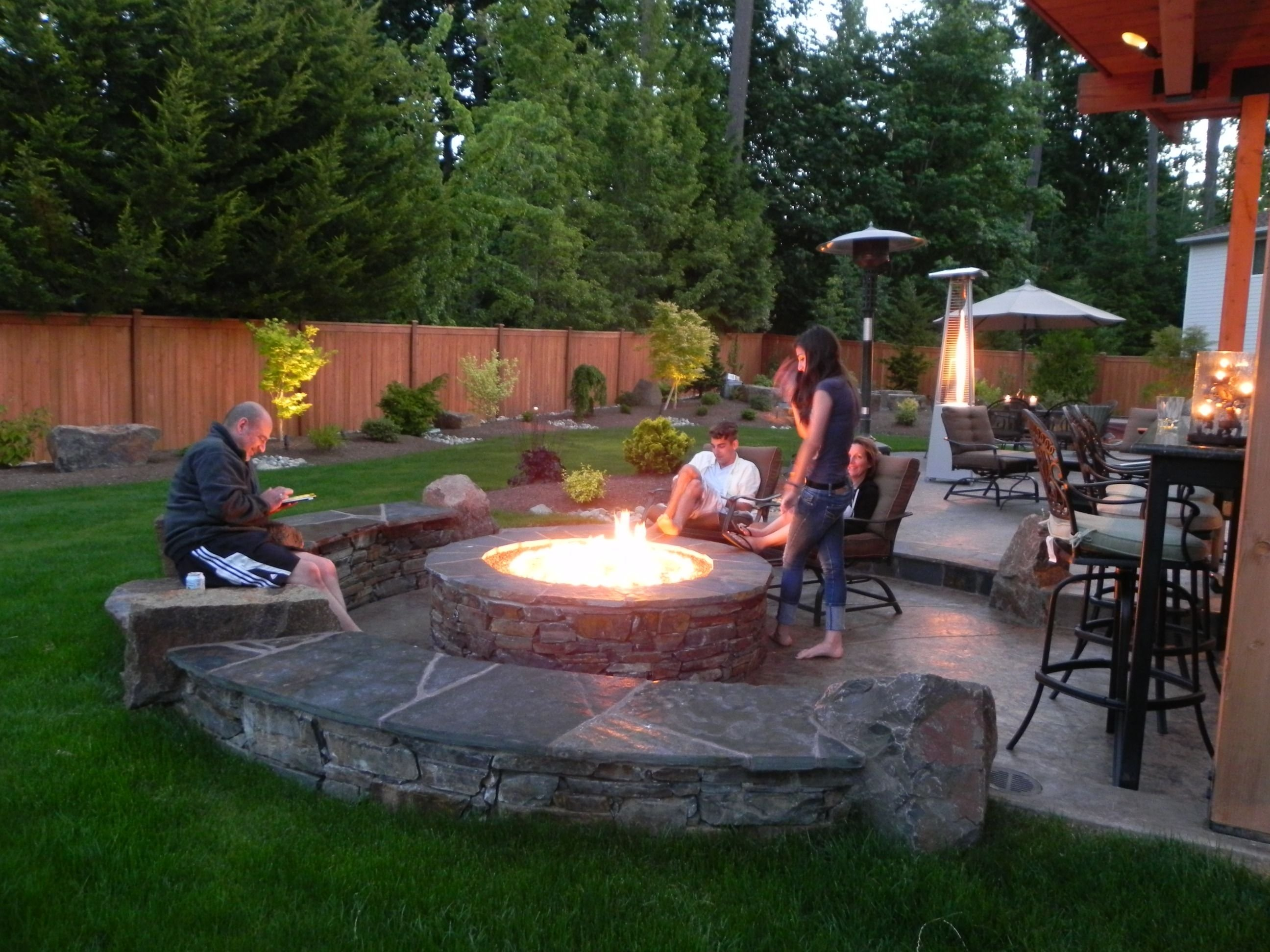 10 Fantastic Outdoor Patio Ideas With Fire Pit tested awesome fire pits new pit ideas rectangular patio model 2020