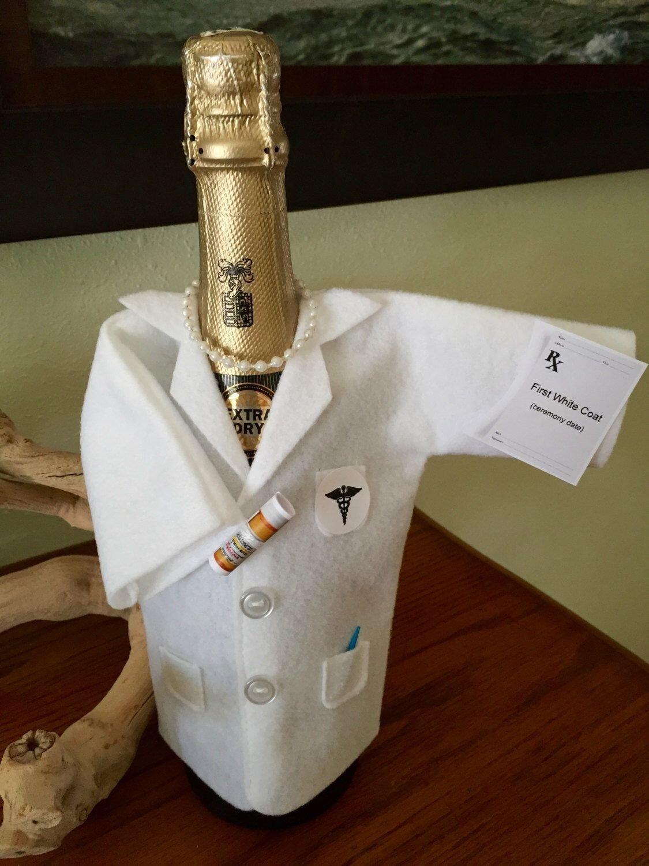 10 Nice White Coat Ceremony Gift Ideas testpersonalization free white coat ceremonybirthday anniversary 2020