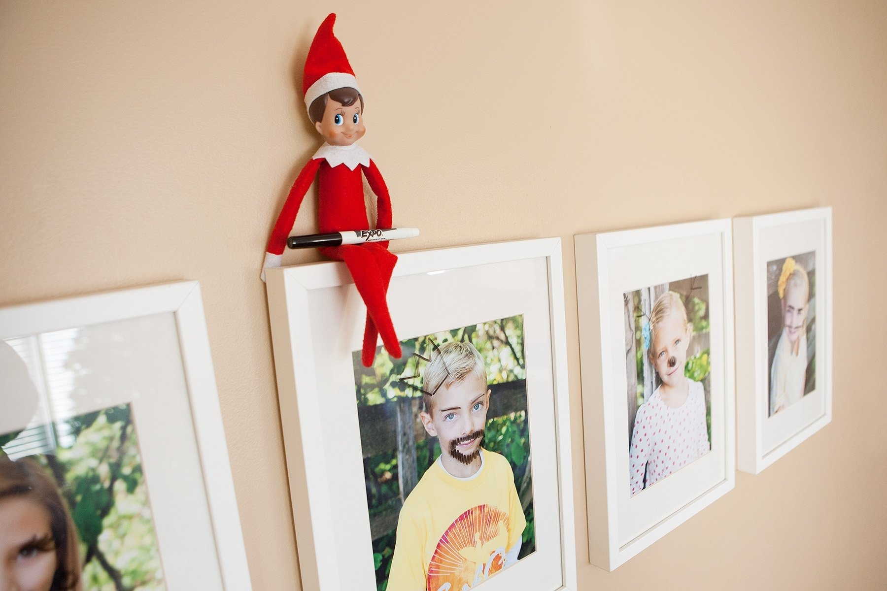 10 Unique Elf On The Self Ideas than 40 easy elf on the shelf ideas 3