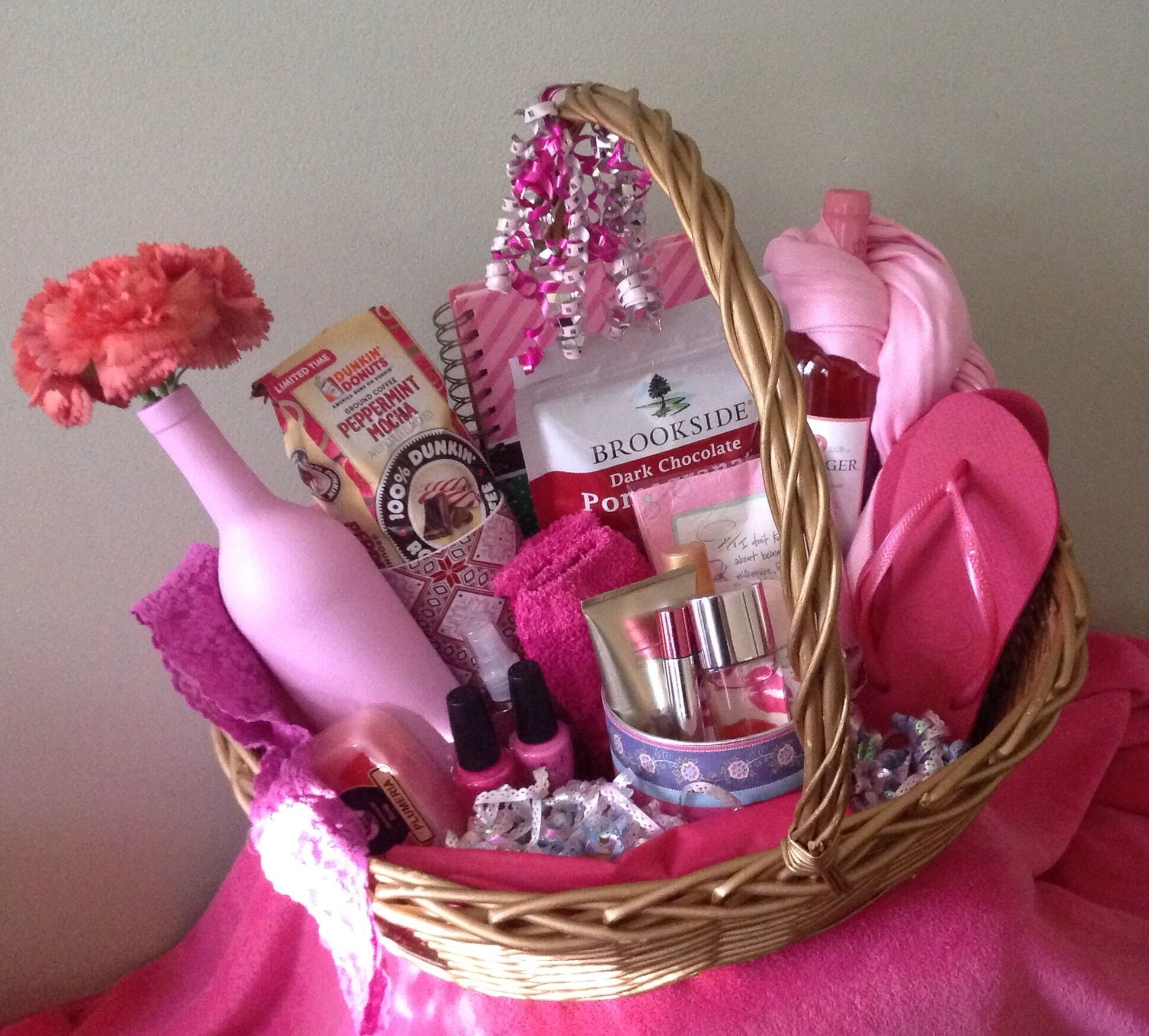 10 Famous Gift Basket Ideas For Women the all things pink gift basket this could be given to women of 2020
