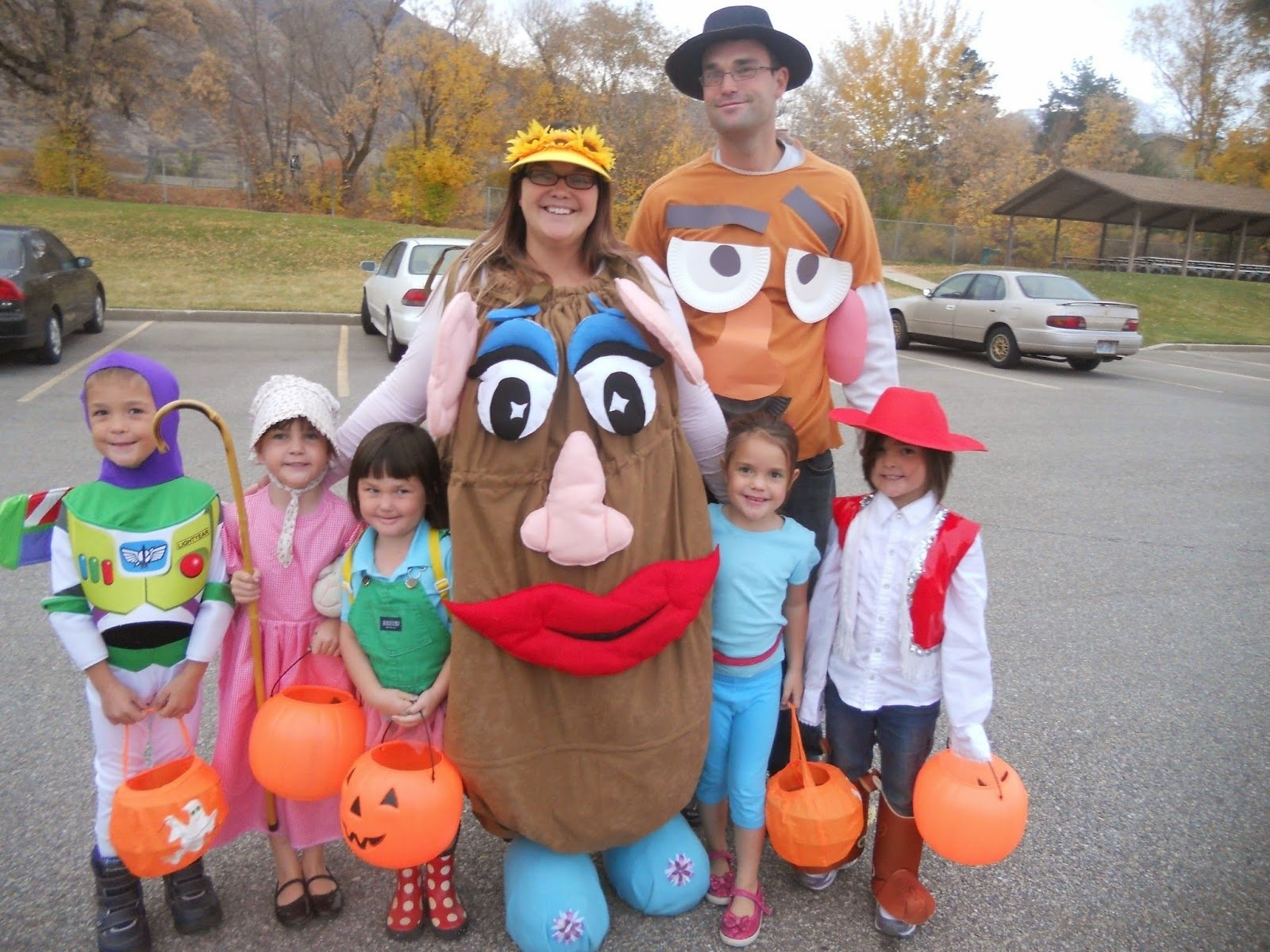 10 Awesome Good Homemade Halloween Costume Ideas the best homemade halloween costume ideas rad mom cool kid 1