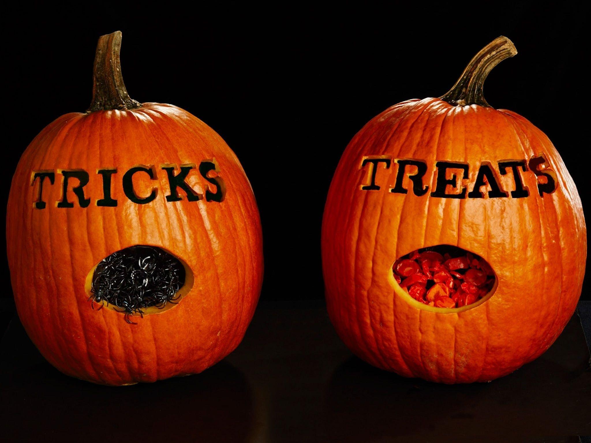 10 Wonderful Easy Cute Pumpkin Carving Ideas the best simple easy pumpkin carving ideas on cool for halloween 1 2021