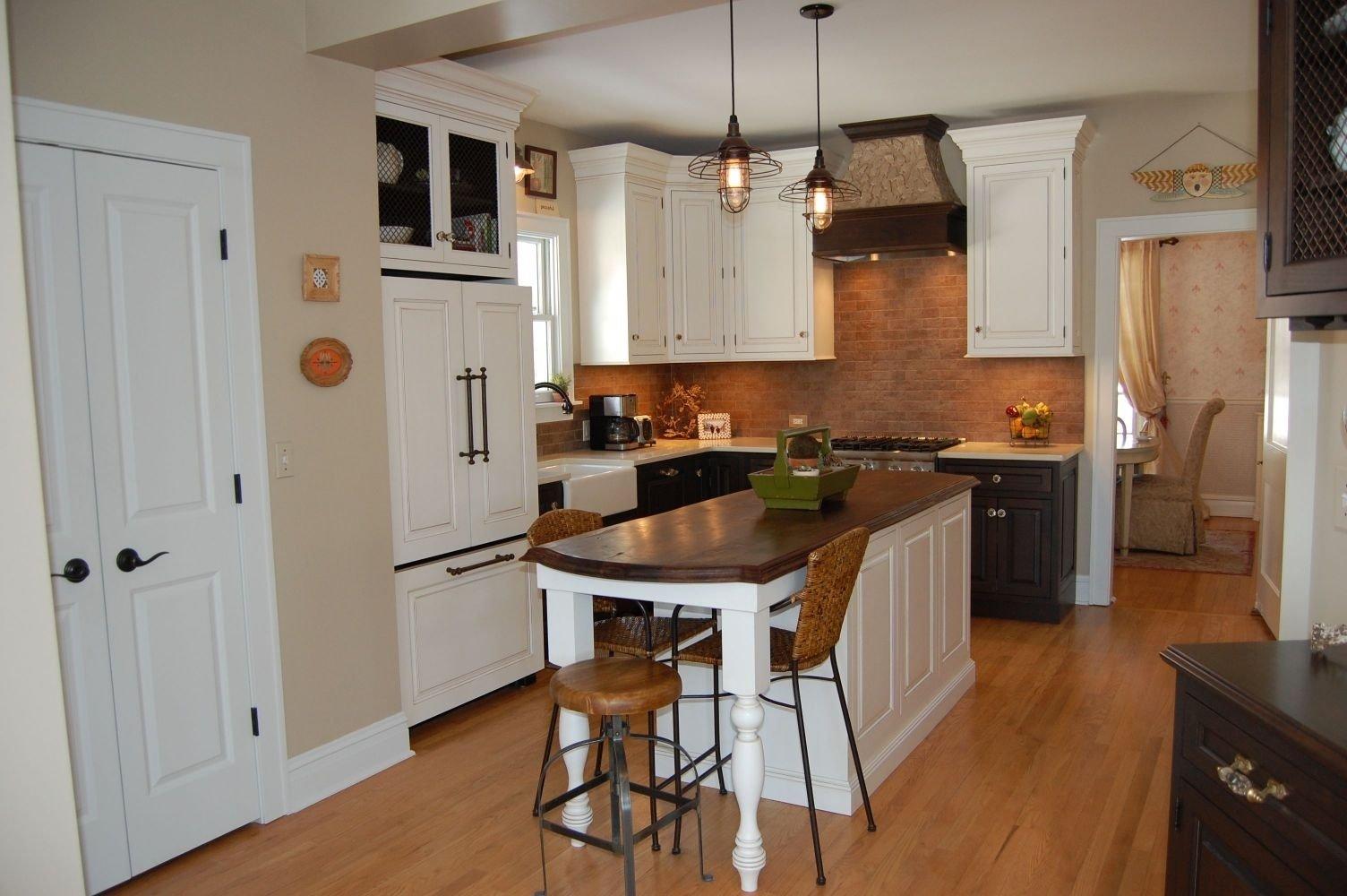 10 Wonderful Small Kitchen Island Ideas With Seating the best small kitchen island ideas with seating cool hda tjihome 2020
