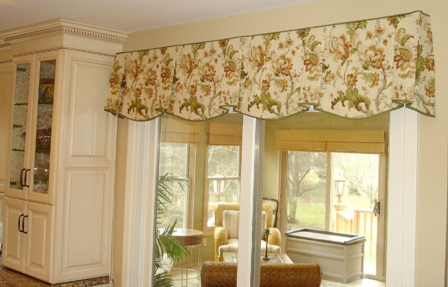 10 Stylish Valance Ideas For Large Windows the debate is on do i put a valance over the sliding glass door or 2020