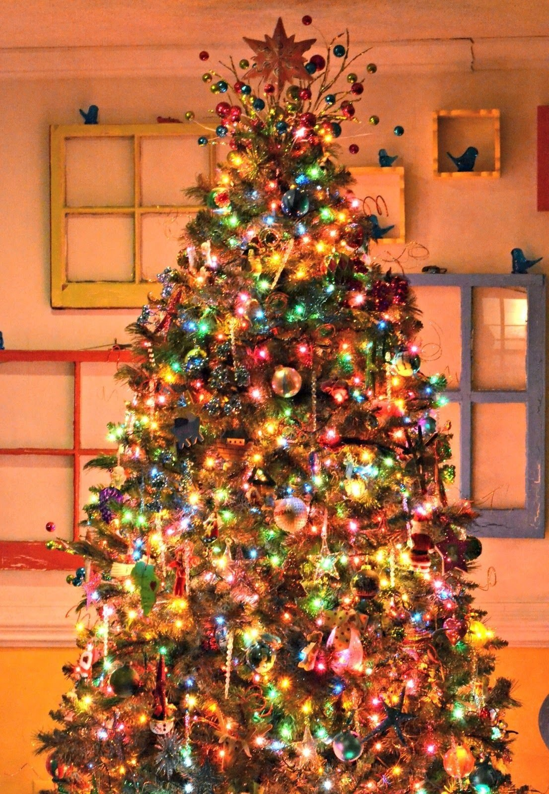 10 Stylish Christmas Tree Decorating Ideas For Kids the intentional home how to have a pretty christmas tree even when 2021