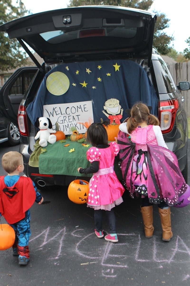 10 Cute Trunk And Treat Ideas For Decorating the persimmon perch trunk or treat 2020