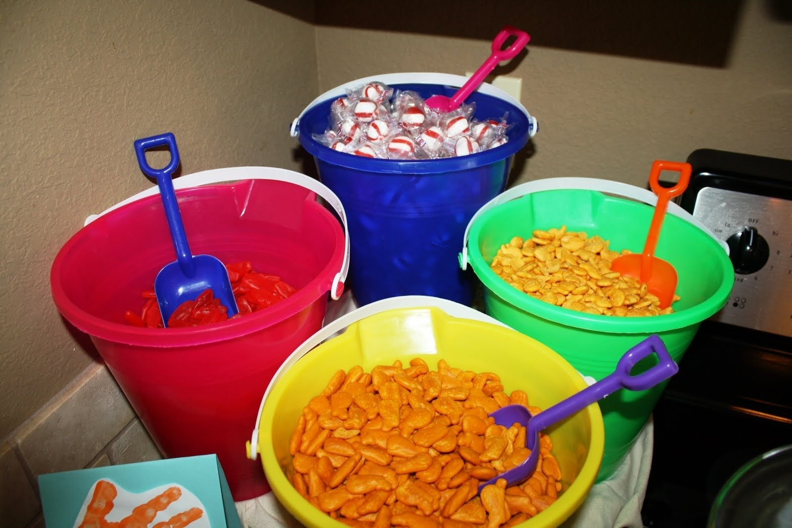 10 Fantastic End Of The Year Party Ideas the ultimate roundup of end of the year party ideas occasionally 7 2020