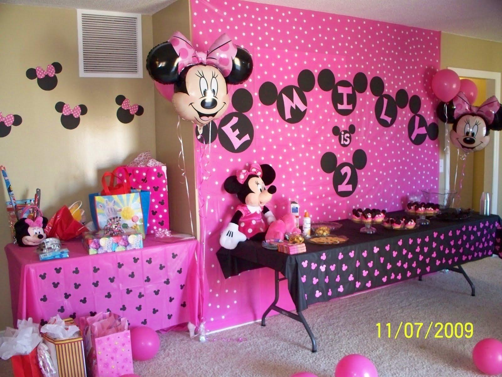 10 Fashionable Minnie Mouse First Birthday Ideas themes birthday minnie mouse party ideas for first birthday 5 2021