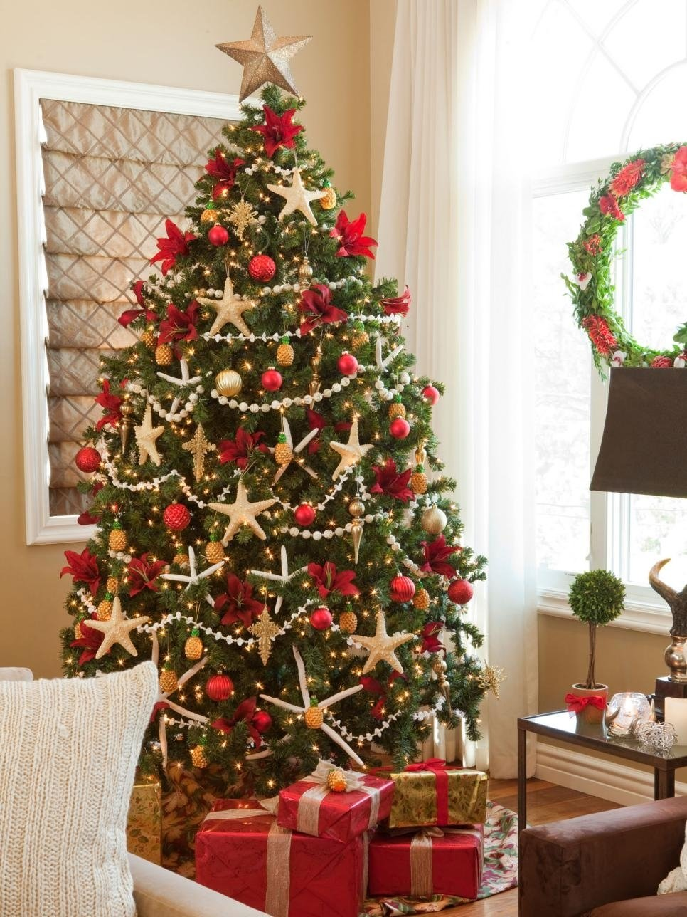 10 Attractive Hgtv Christmas Tree Decorating Ideas themes for christmas tree decorating fun for christmas 2020