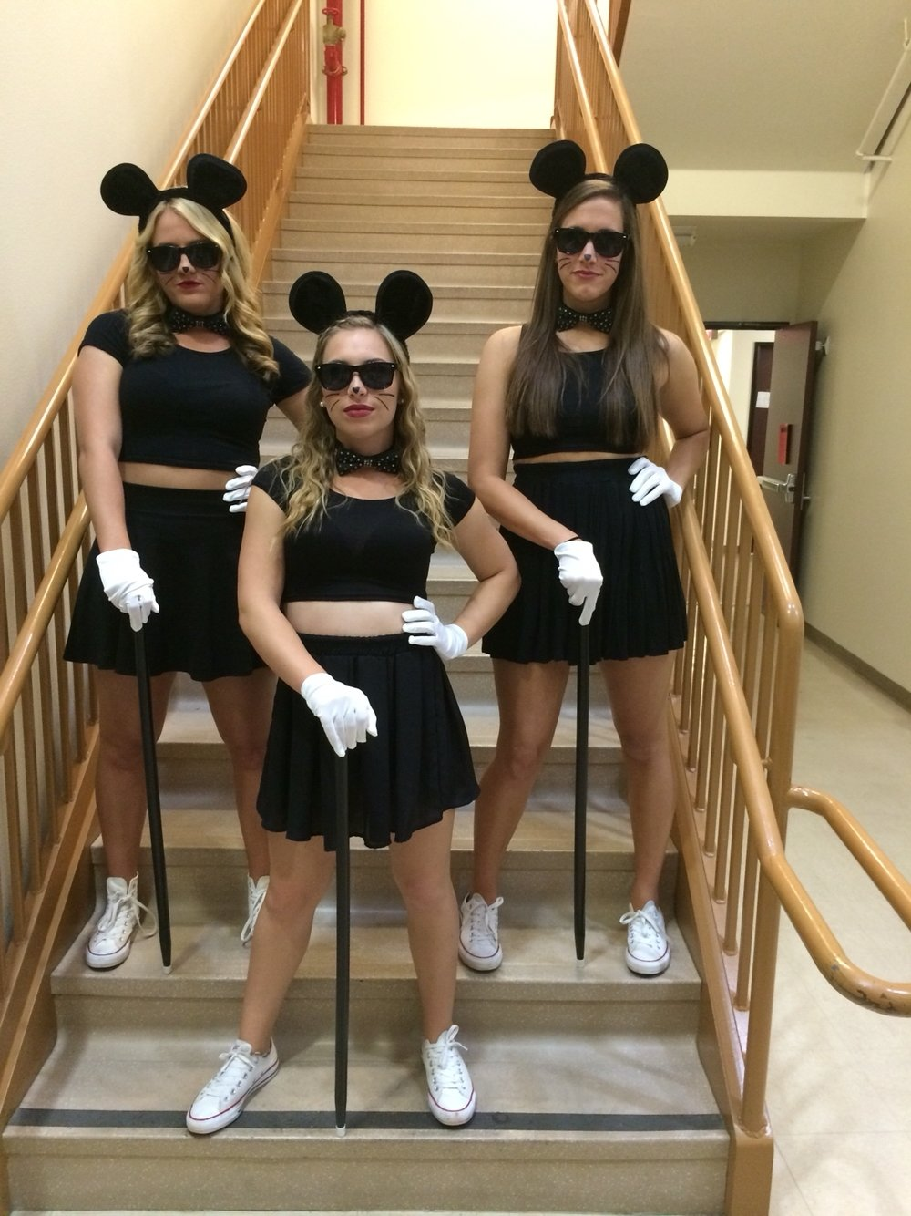 10 Awesome Halloween Costume Ideas For 3 People think i might do this with my friends for halloween also is a great 1 2020