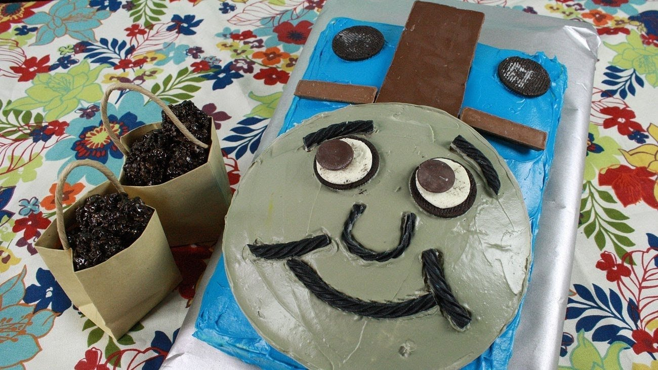 10 Nice Thomas And Friends Cake Ideas thomas friends birthday party thomas cake rice krispie coals 4 1