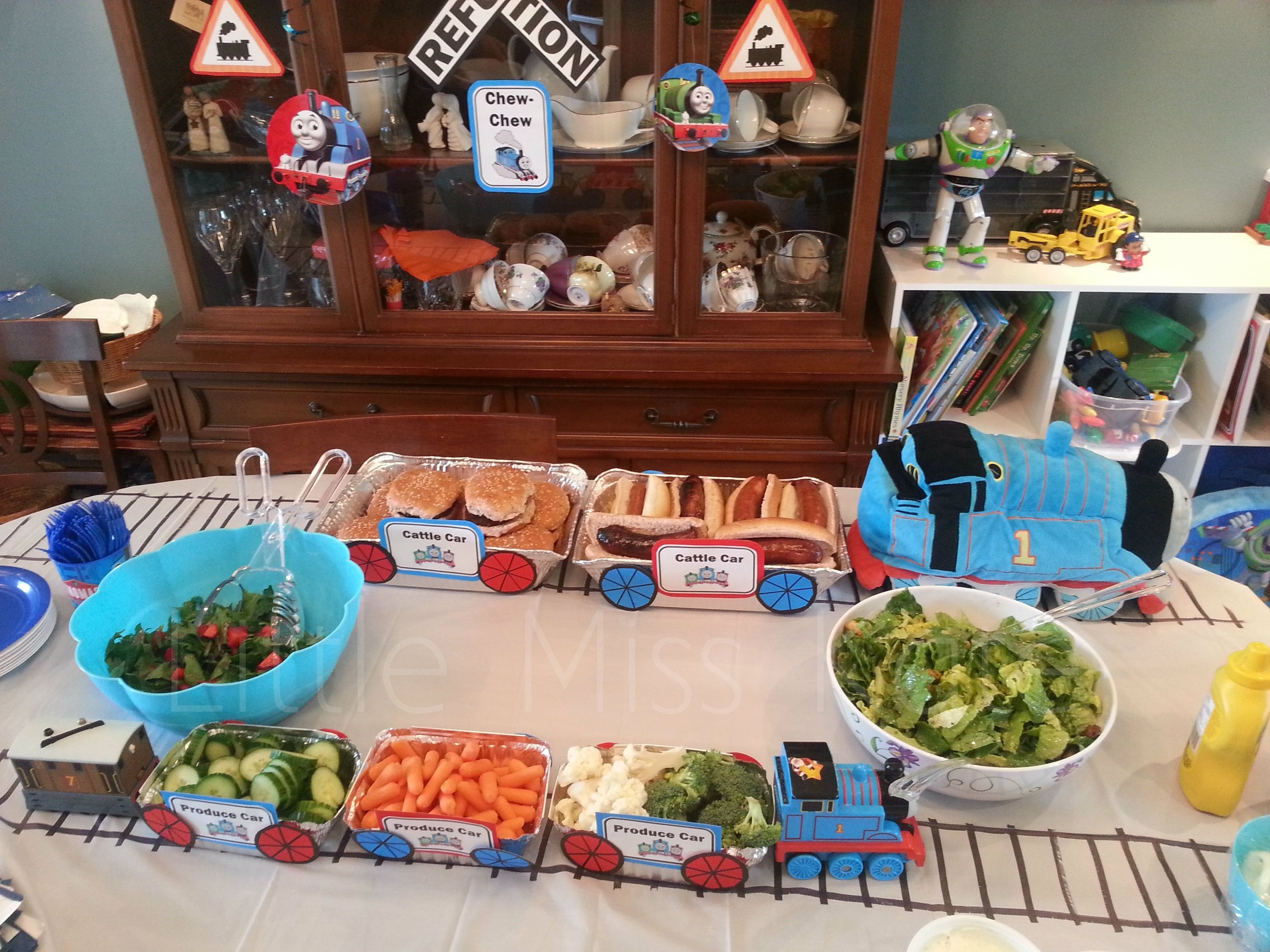 thomas the train party decorations | birthday party ideas and birthdays