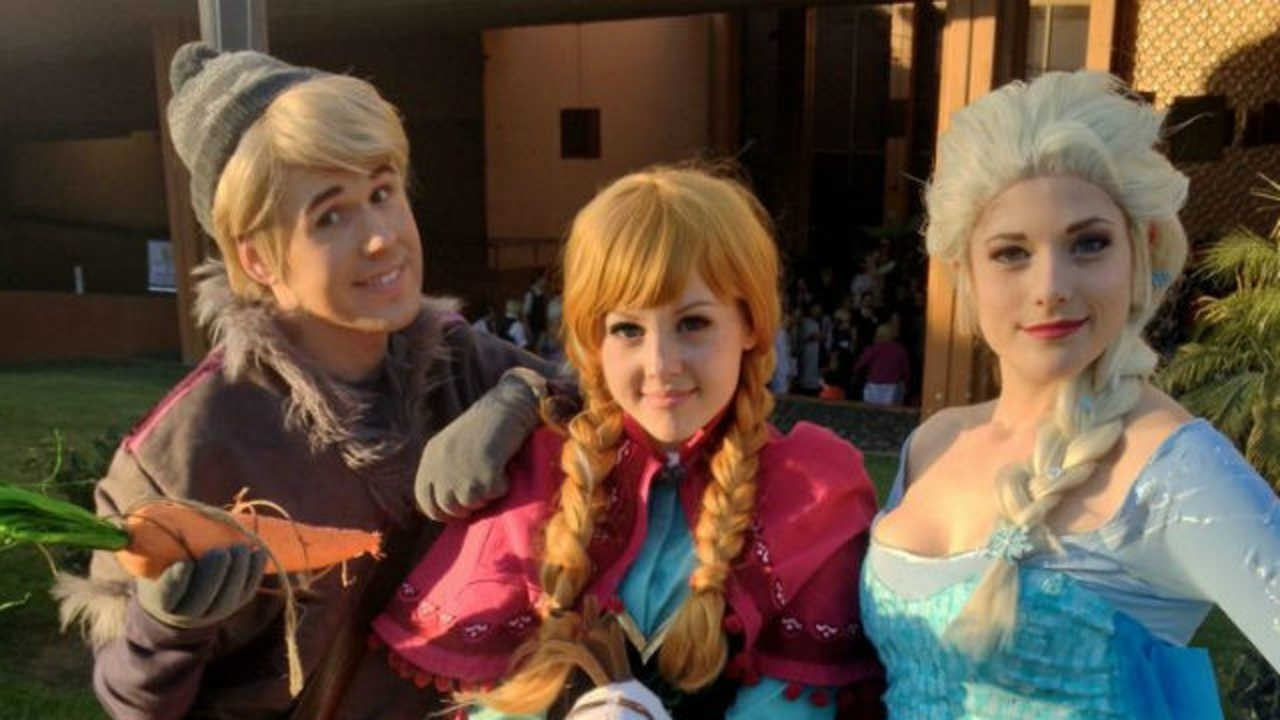 10 Awesome Halloween Costume Ideas For 3 People three people halloween costumes google search halloween 5 2020