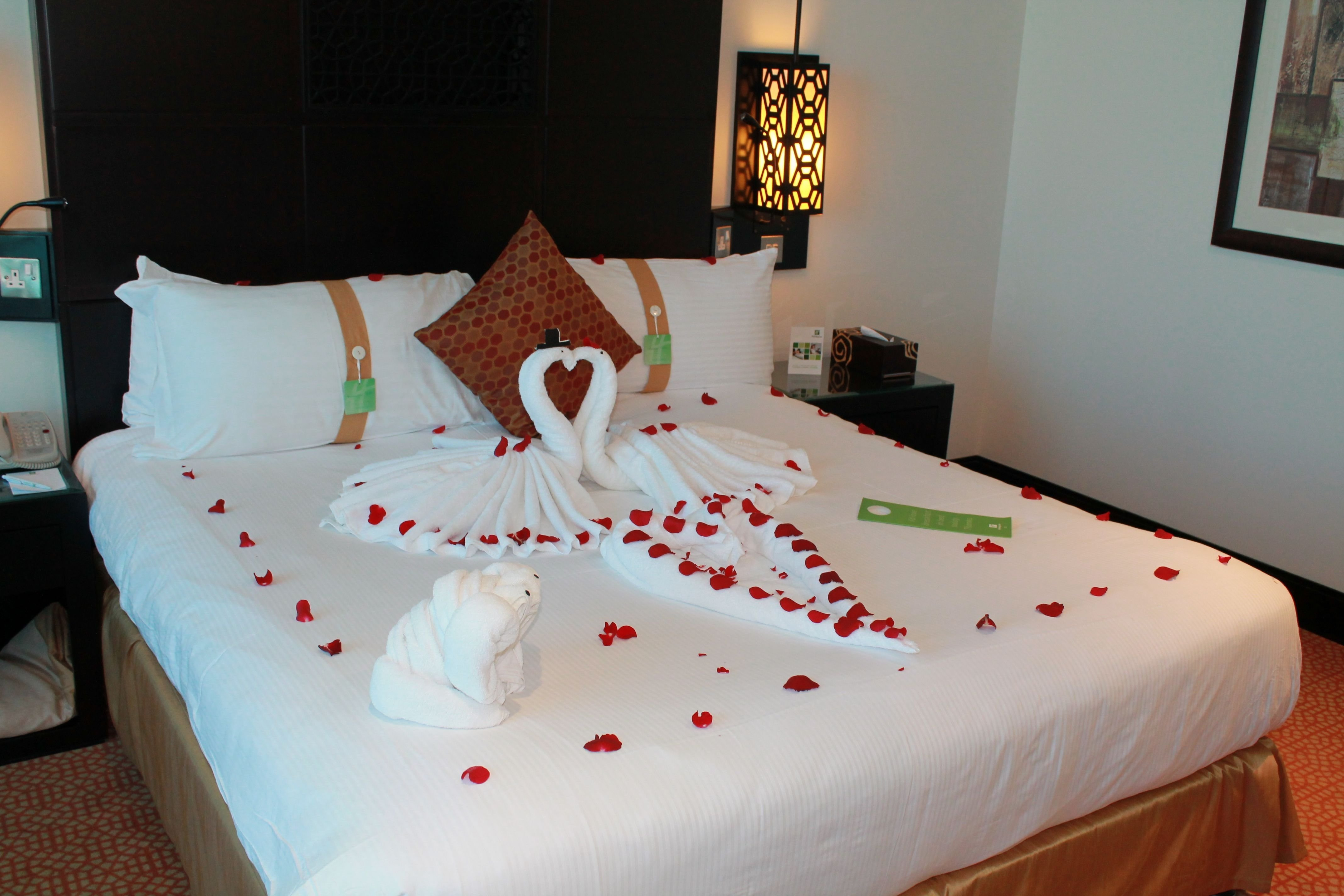 10 Most Popular Romantic Ideas For Him In A Hotel tips for a romantic hotel room makeover romantic hotels 2020