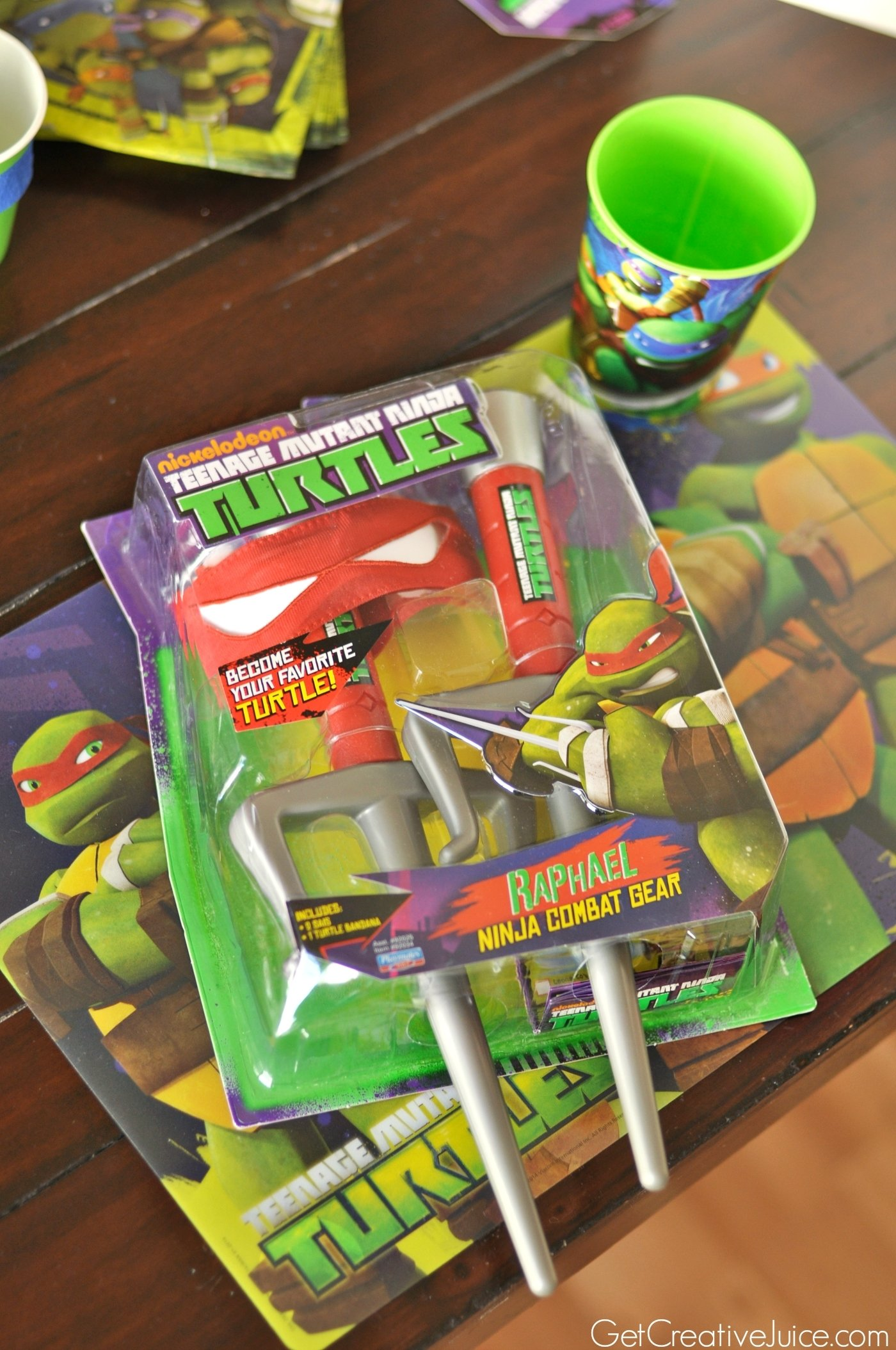 10 Awesome Teenage Mutant Ninja Turtles Party Favor Ideas tmnt party creative juice 1