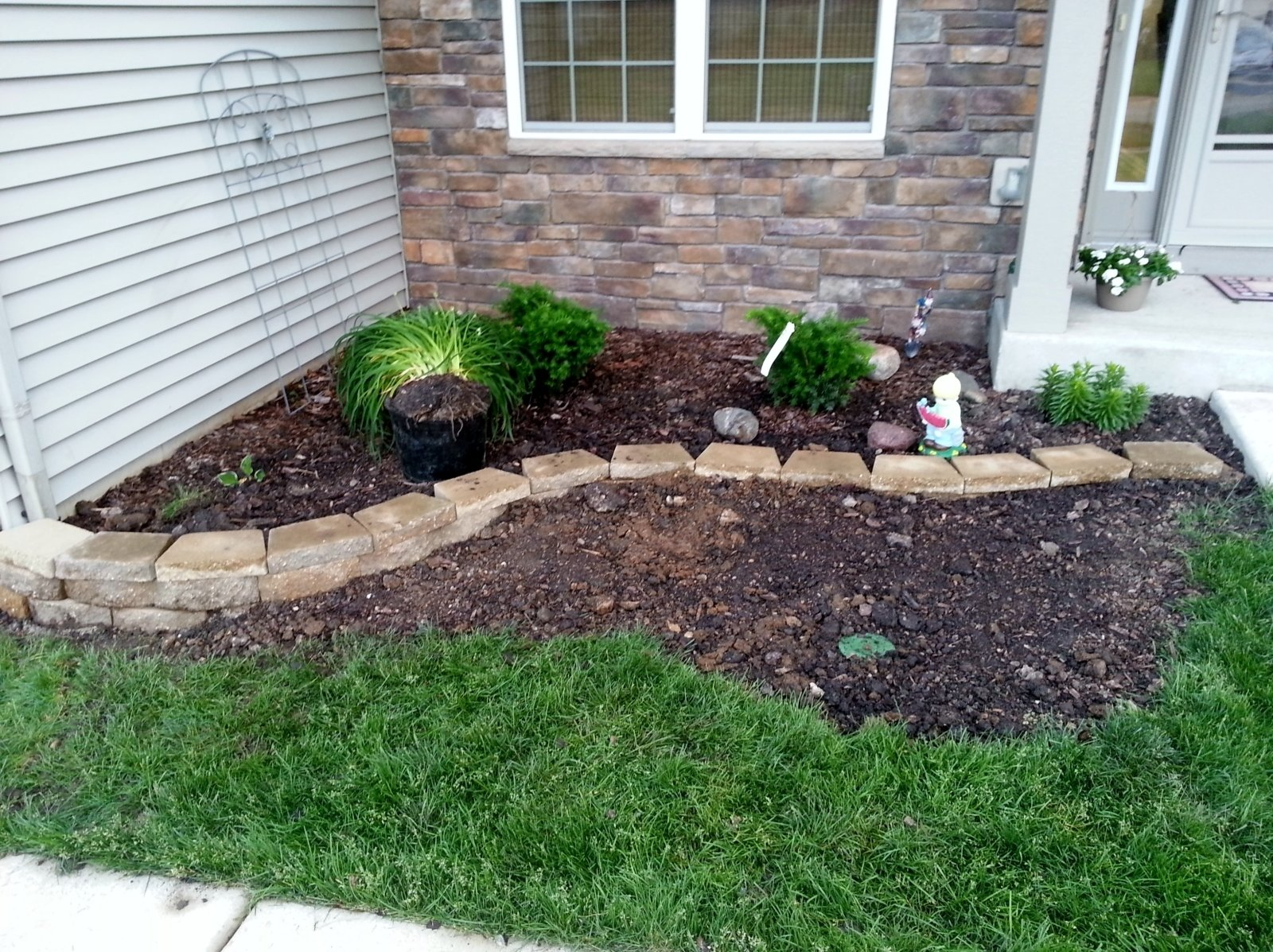 10 Spectacular Cheap Landscaping Ideas For Front Yard top simple front yard landscaping ideas manitoba design easy and 2020