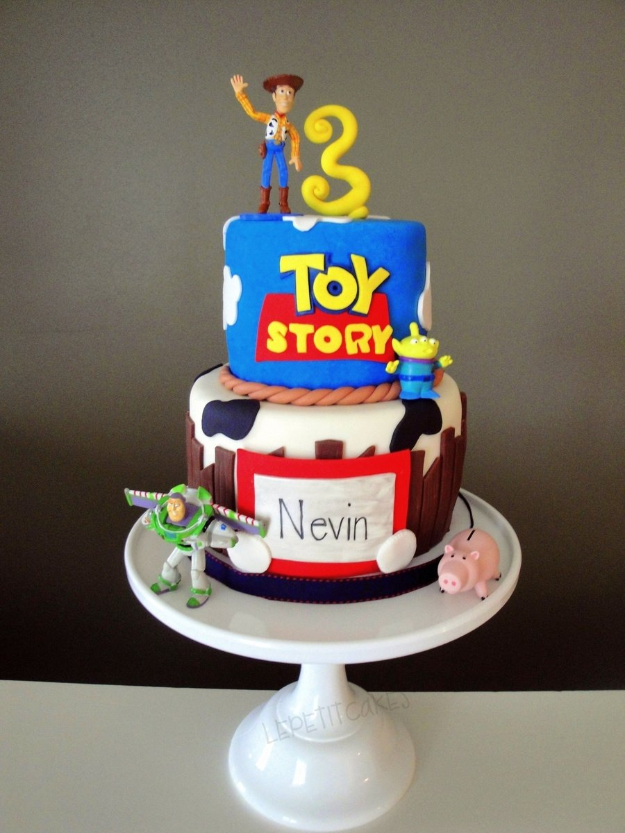 10 Spectacular Toy Story Birthday Cake Ideas toy story birthday cake cakecentral