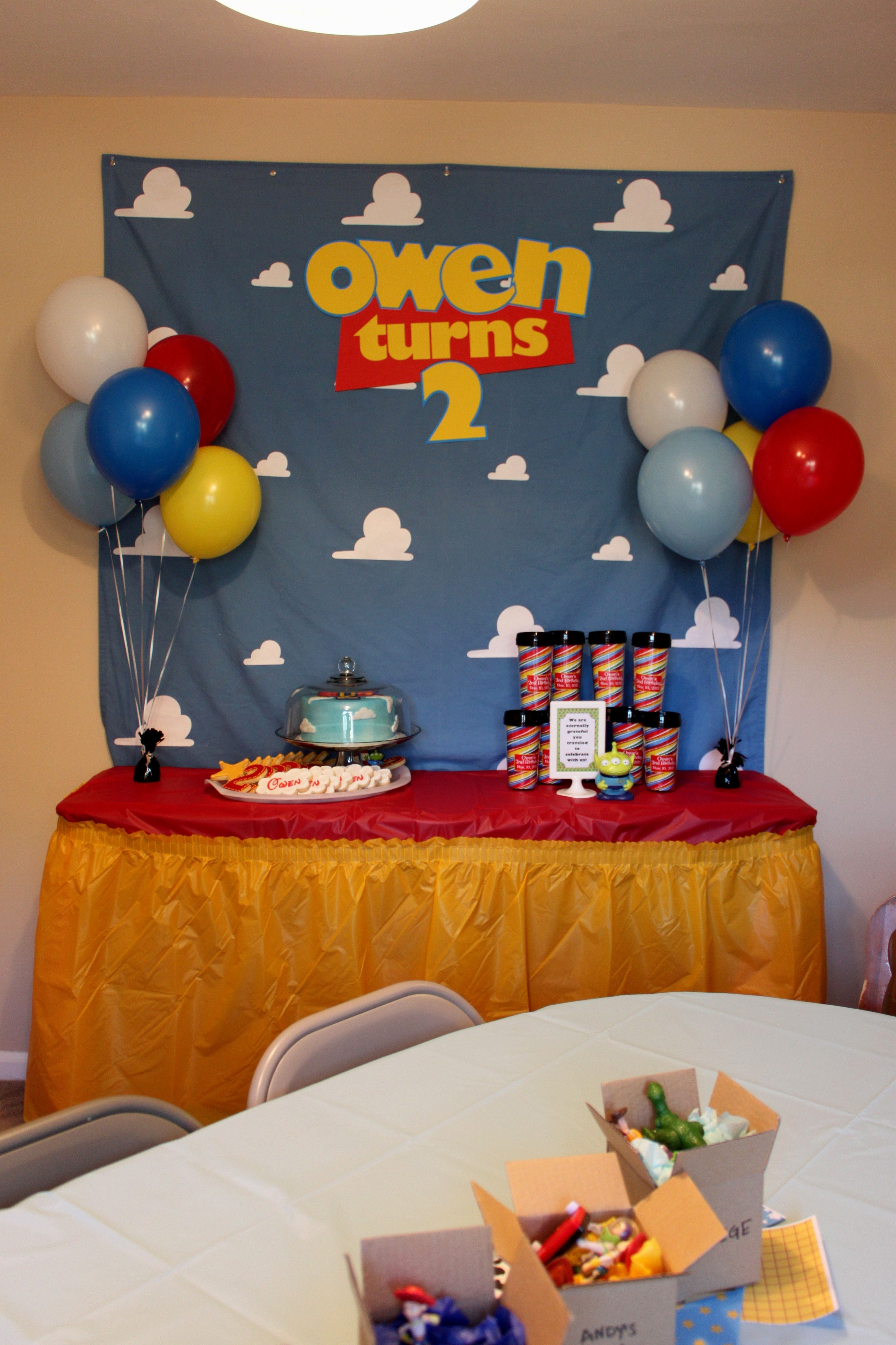 toy story themed birthday party ideas - decorating of party
