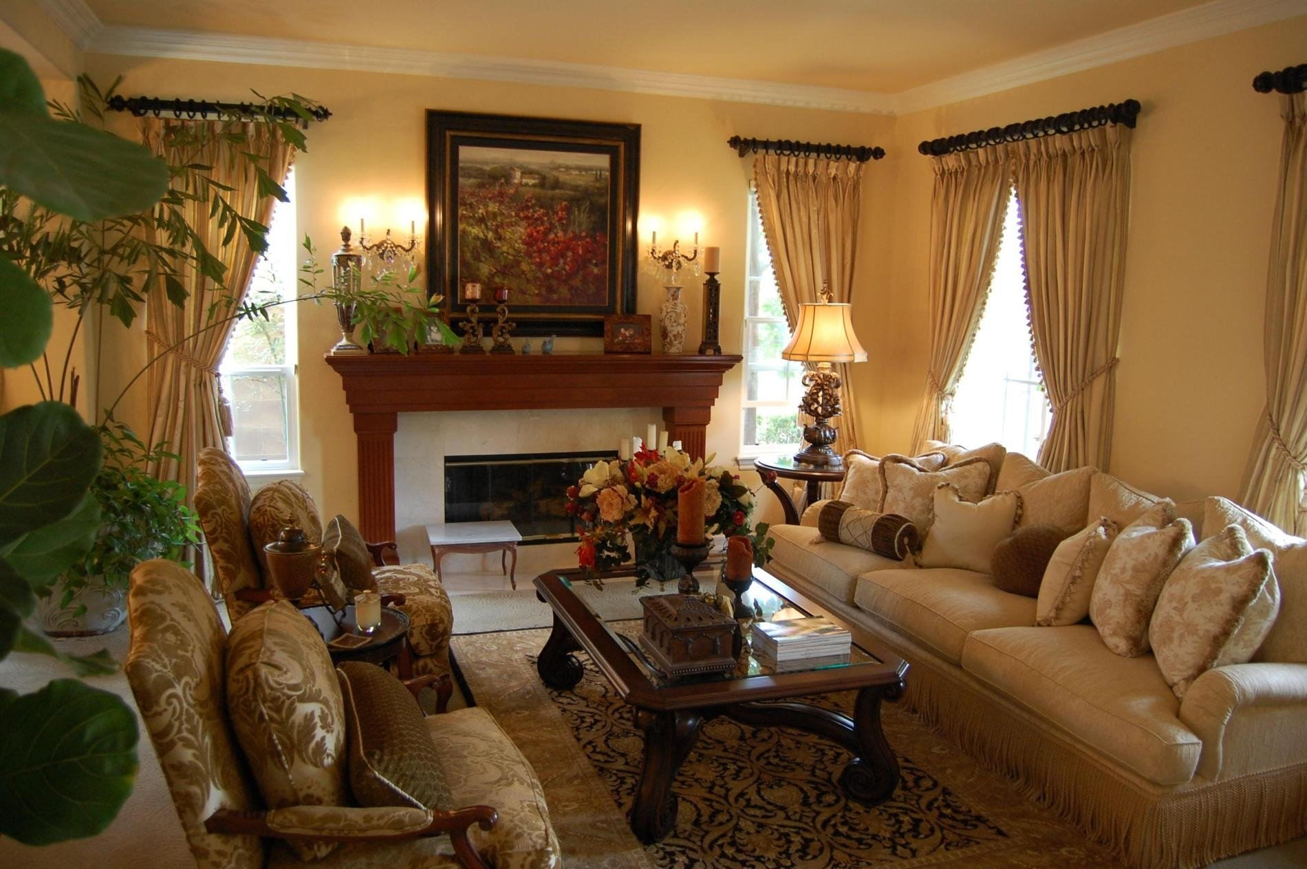 10 Fantastic Living Room Decorating Ideas Traditional traditional living room decobizz 1 2021