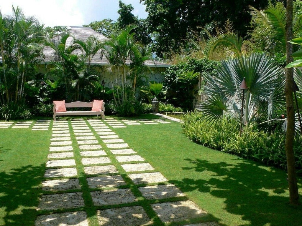 10 Attractive Tropical Landscaping Ideas For Front Yard tropical landscape ideas front yard best tropical landscape 2020