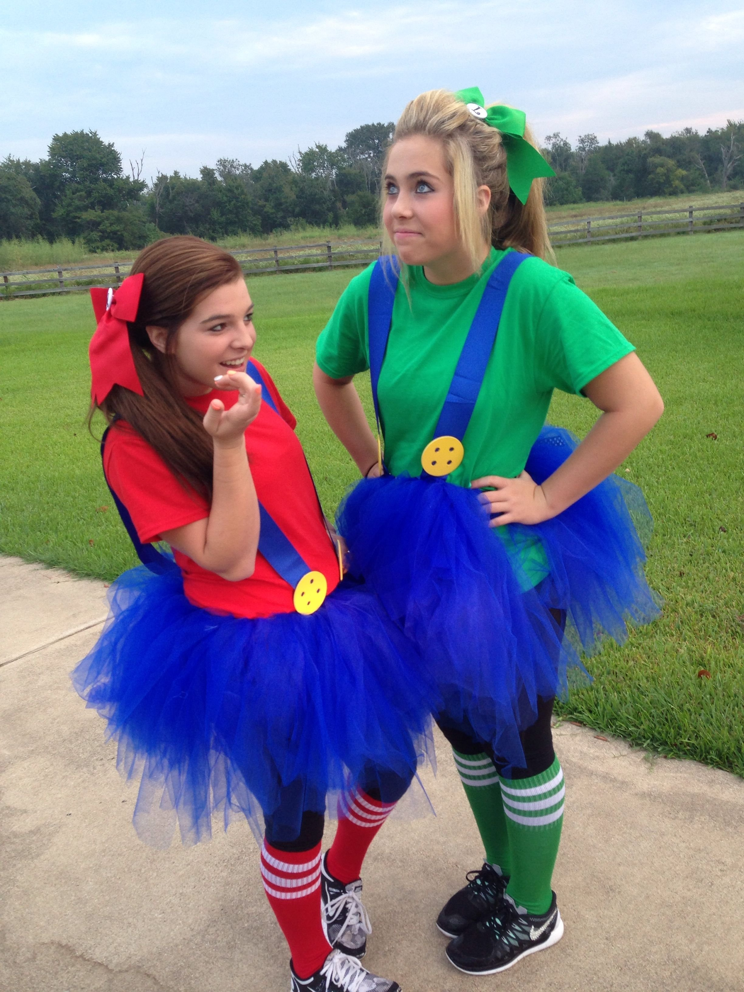 10 Elegant Cute Ideas For Twin Day twin day for spirit week homecoming week mario and luigi 2020