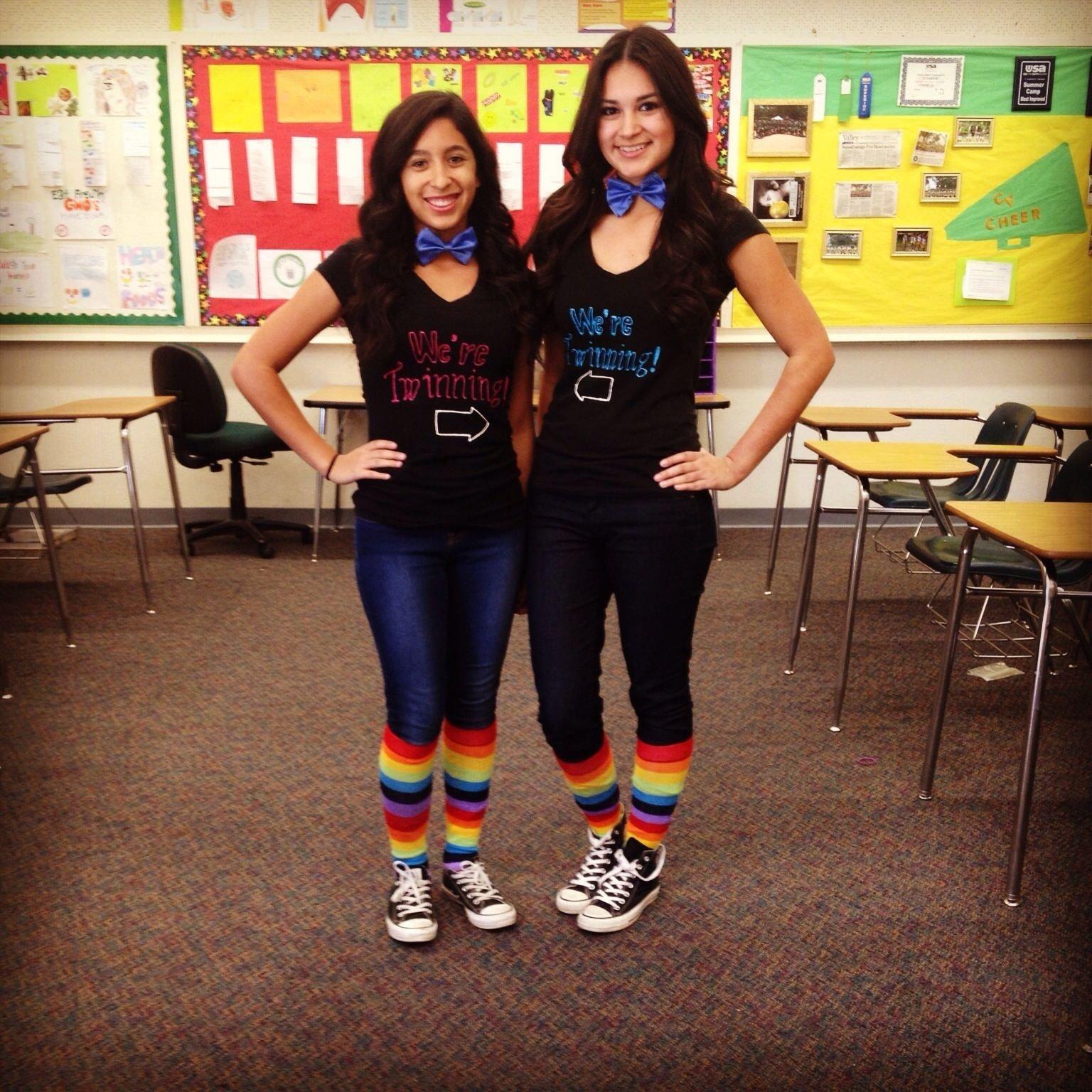 10 Pretty Cute Ideas For Twin Day At School twin day spirit week at school my lifee29da4 pinterest twins 1