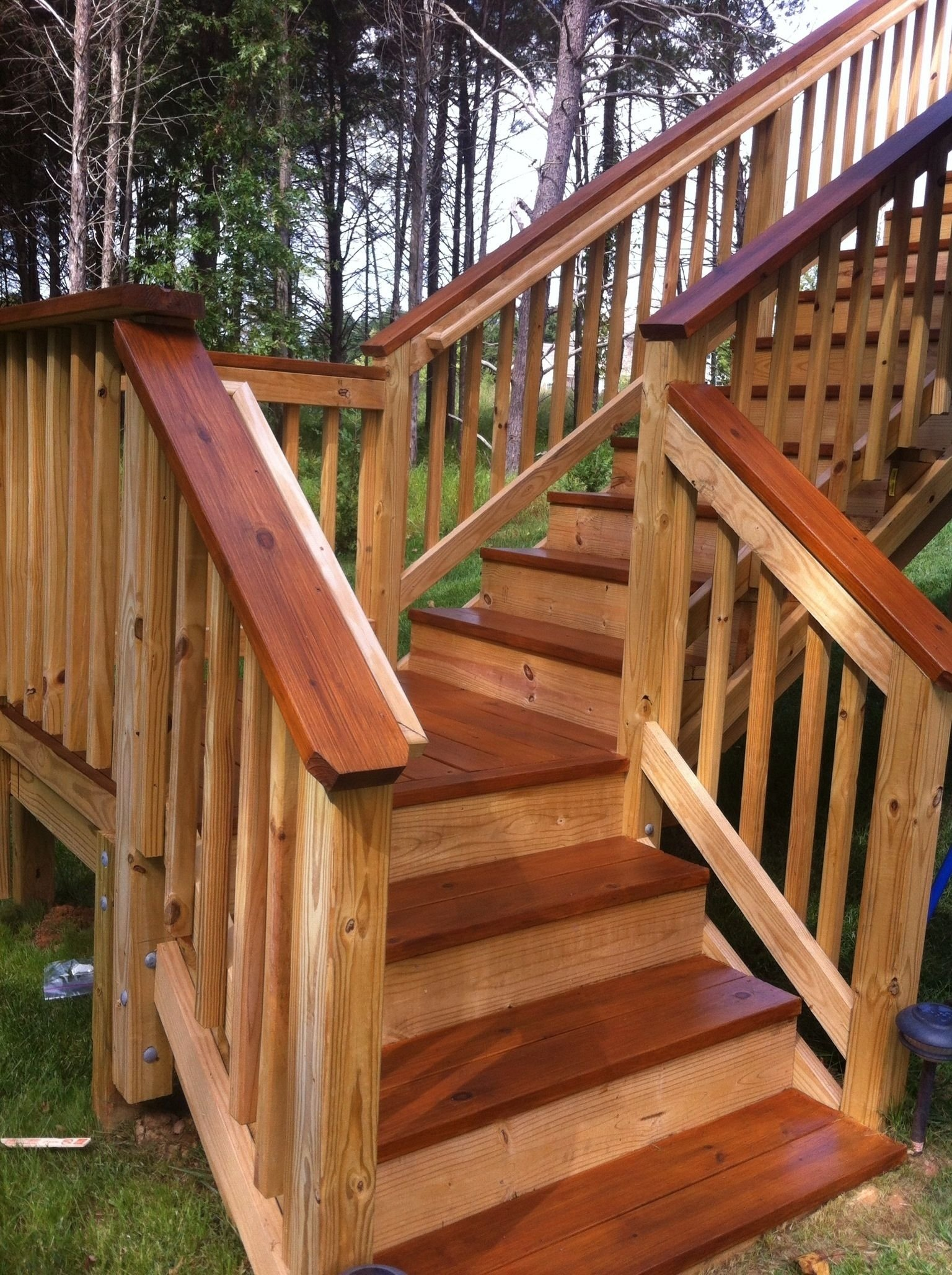 10 Spectacular Two Tone Deck Stain Ideas two toned stained deck distinctive designs pinterest decking 2021