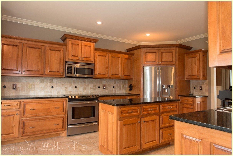10 Fabulous Uba Tuba Granite Backsplash Ideas ubatuba granite with cherry cabinets home design ideas 2020