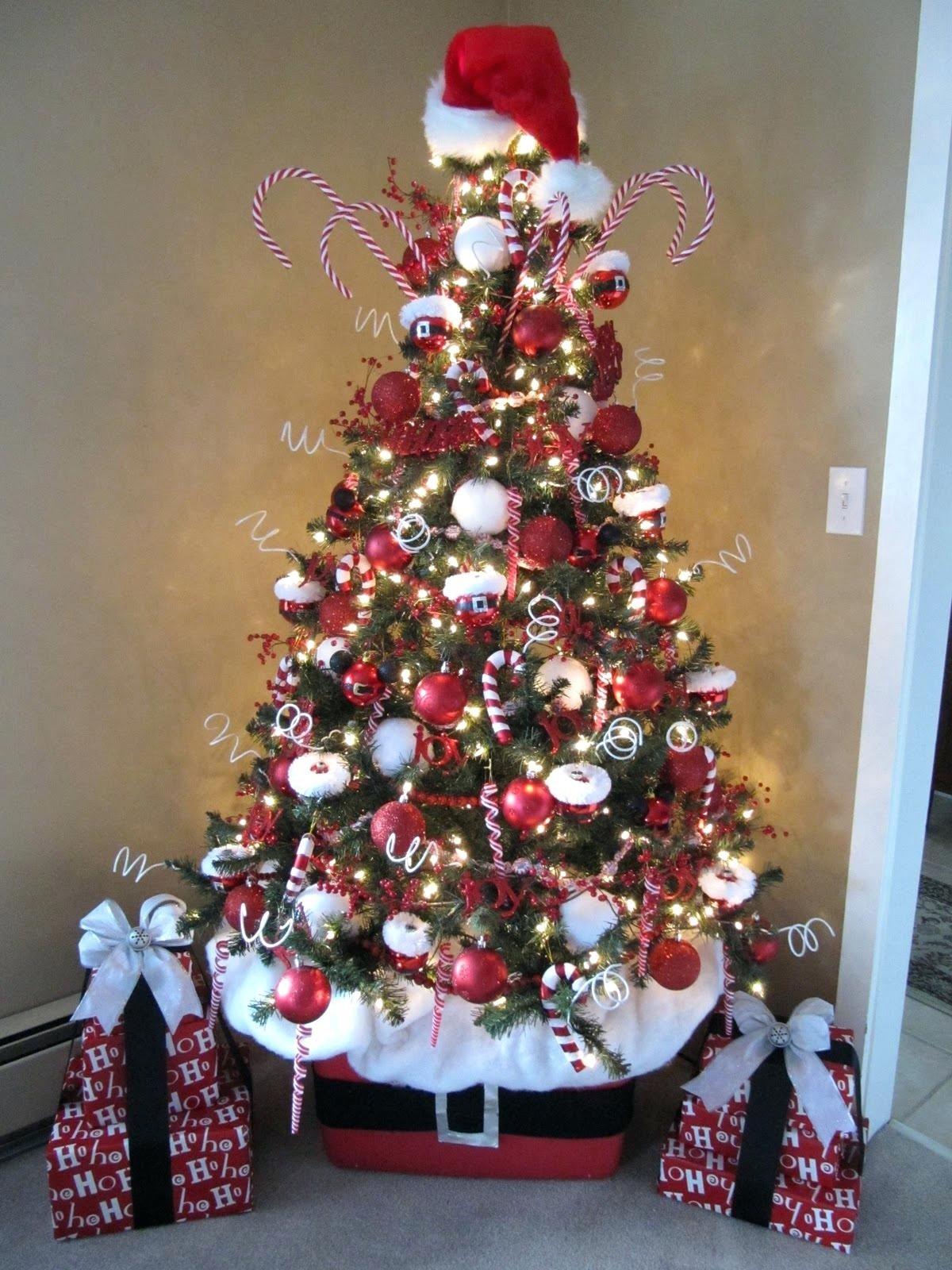10 Pretty Unique Christmas Tree Decorating Ideas unique christmas decorating ideas unique christmas tree themes