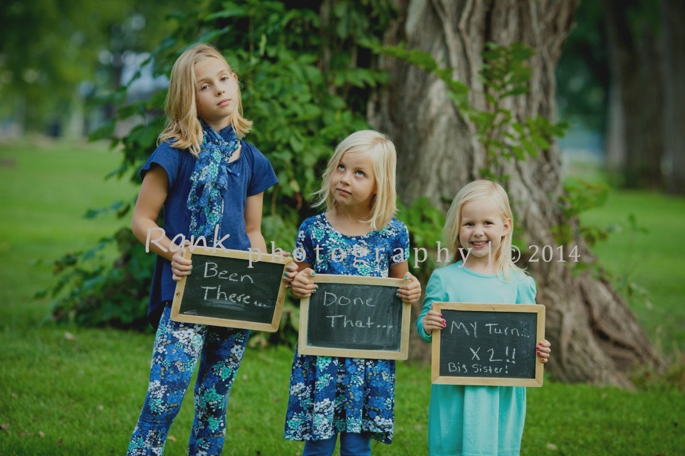 unique ideas to announce pregnancy family photo announcement
