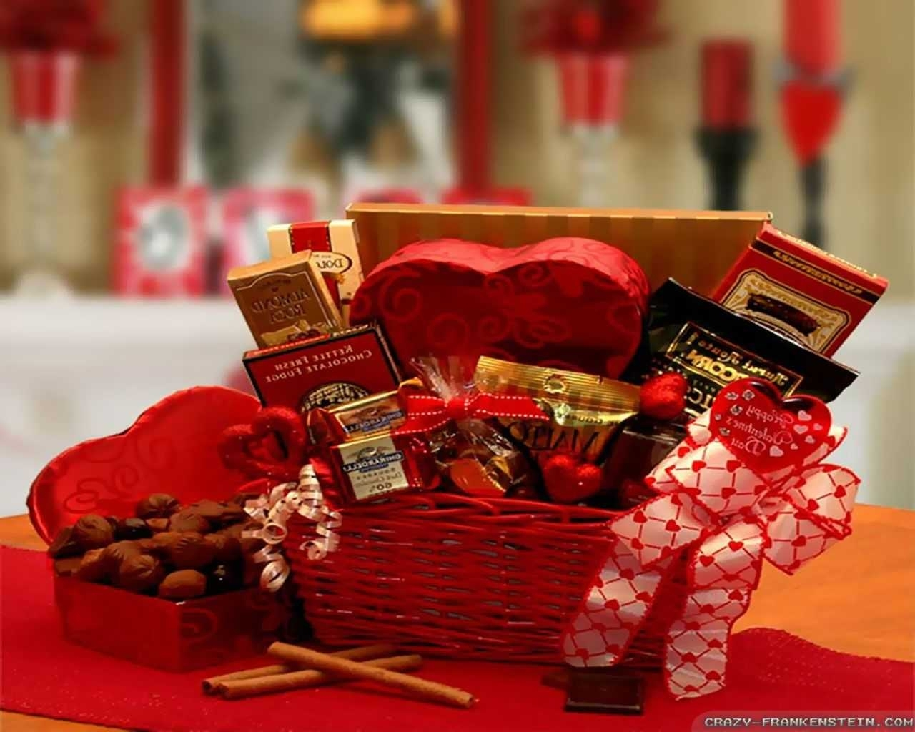 10 Lovely Unique Valentines Day Ideas For Her %name 2020
