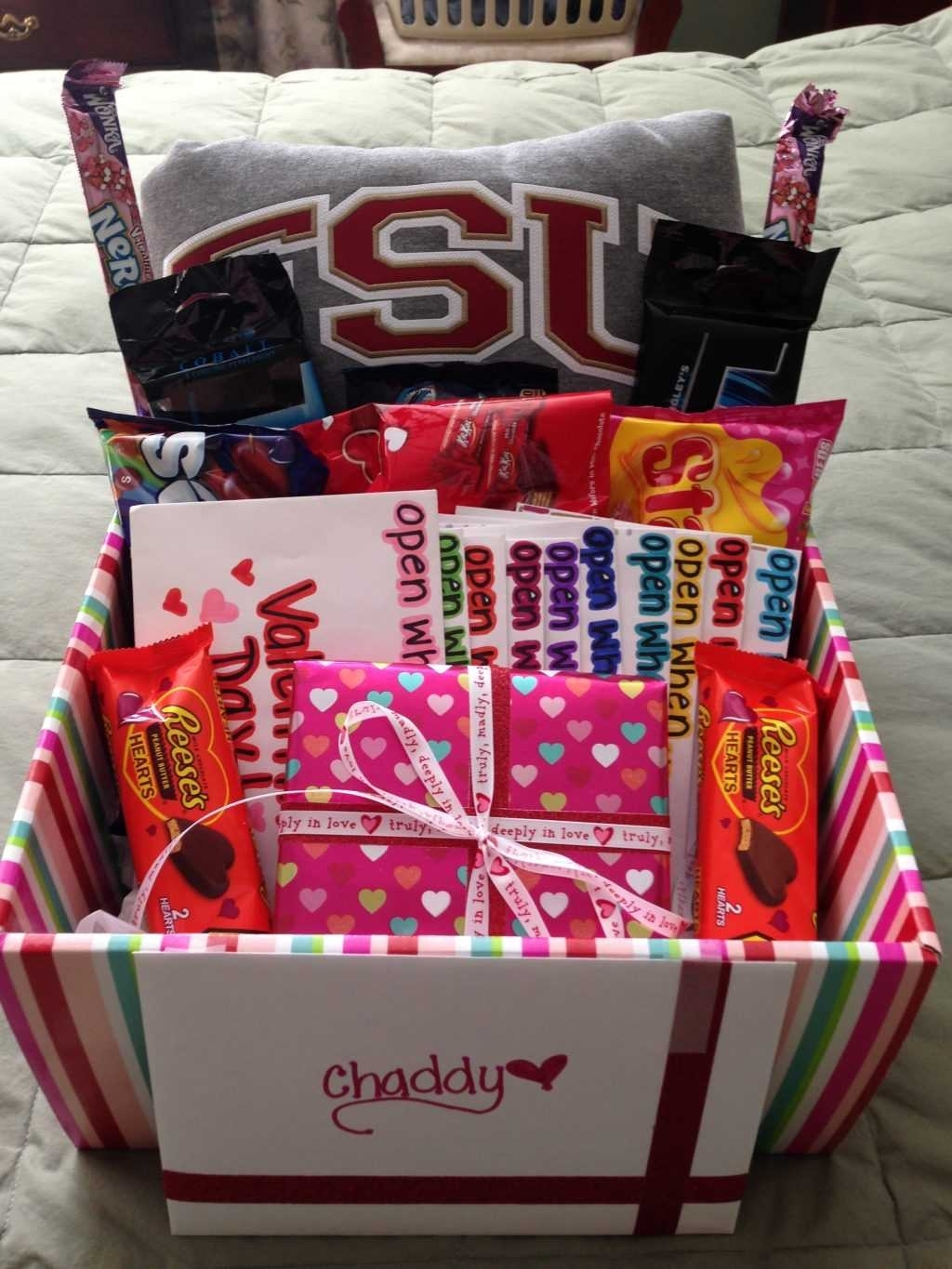 10 Lovable Good Valentines Day Ideas For Guys %name 2021
