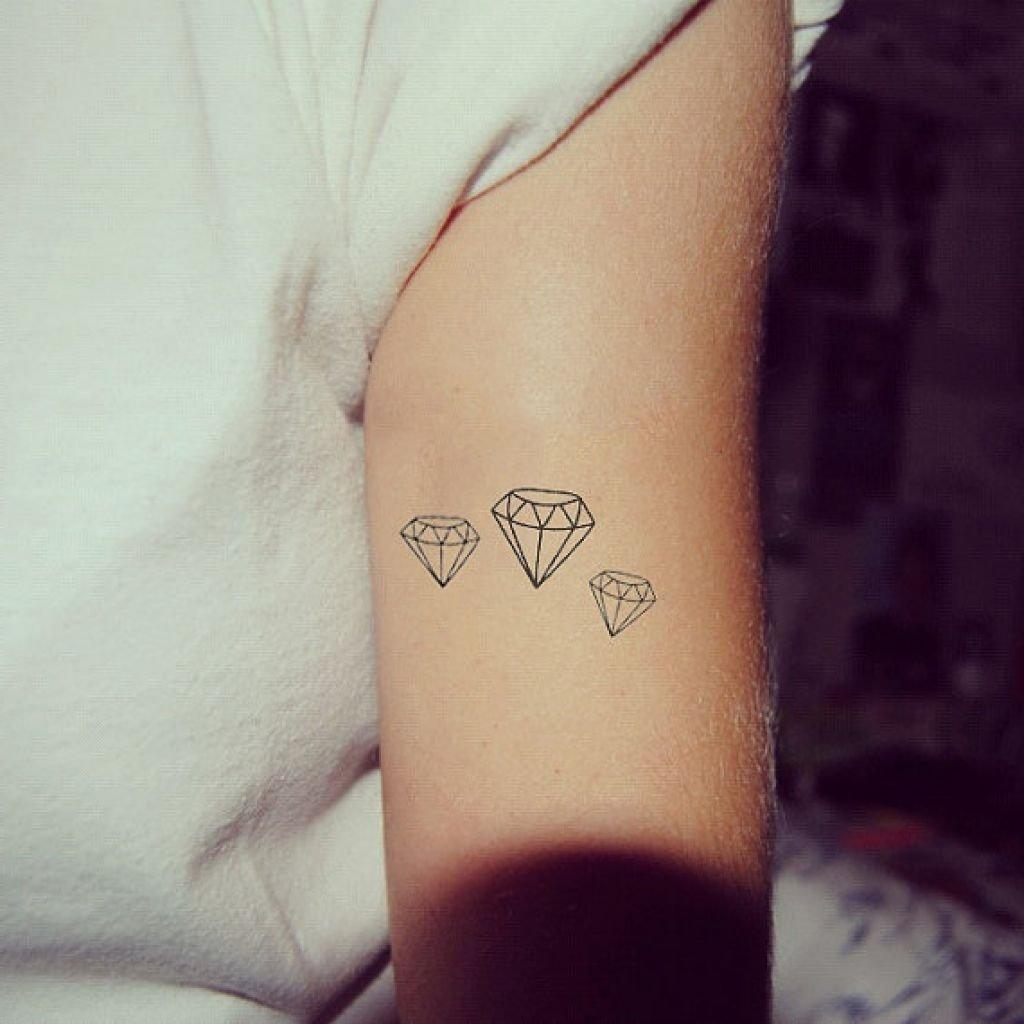 10 Pretty Tattoo Ideas For Girls Small