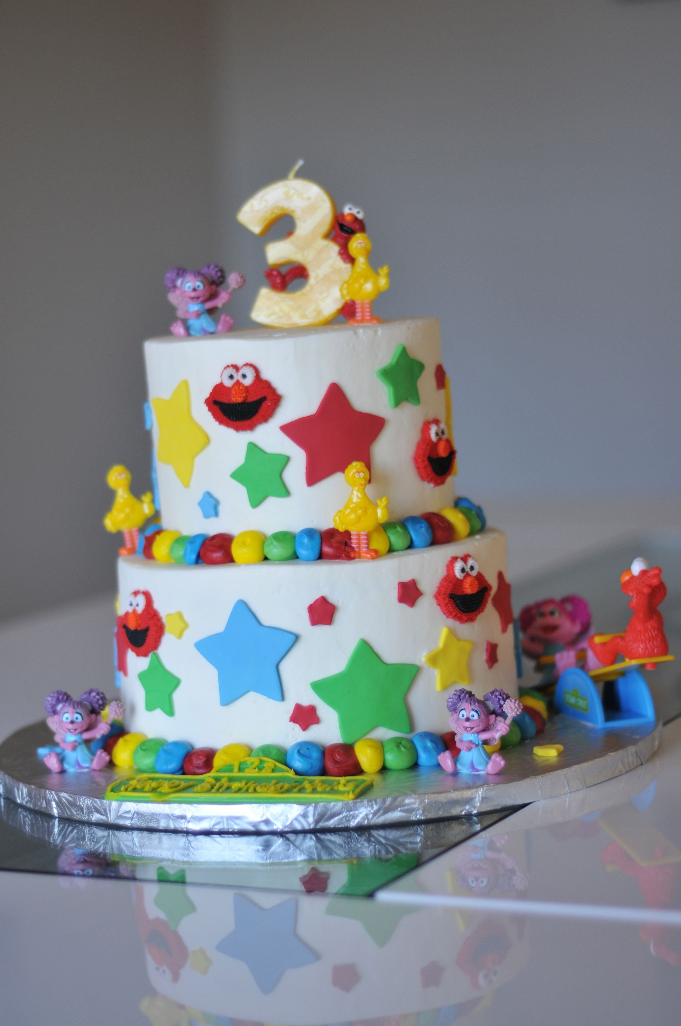 10 Fantastic 3 Year Old Birthday Cake Ideas very cool birthday cake for a 3 year old girl food drink 2