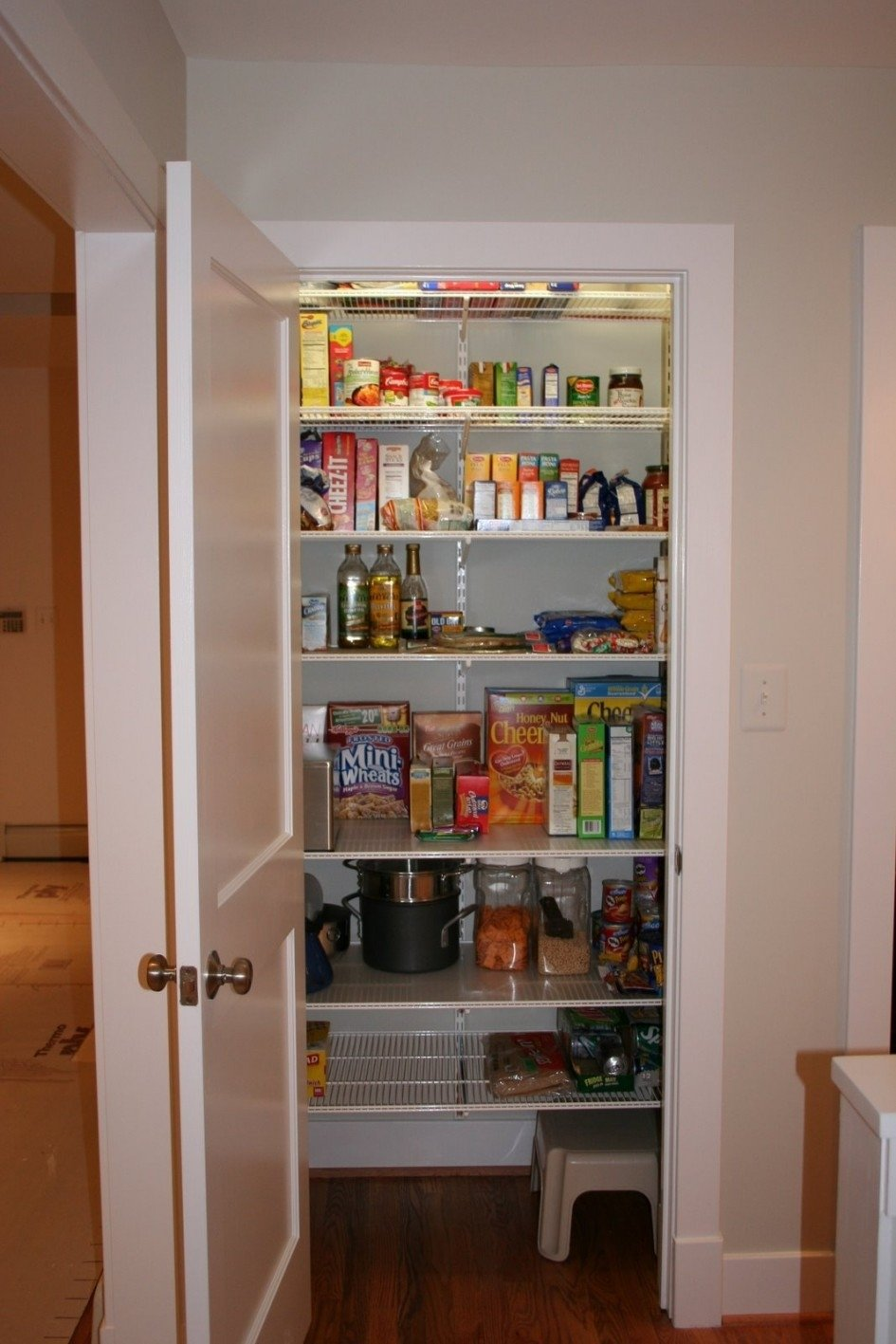 10 Ideal Walk In Pantry Shelving Ideas walk in pantry shelving systems video and photos madlonsbigbear 2020
